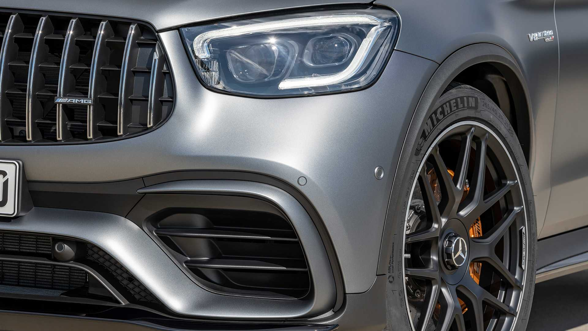 2019-mercedes-amg-glc-63-coupe-9