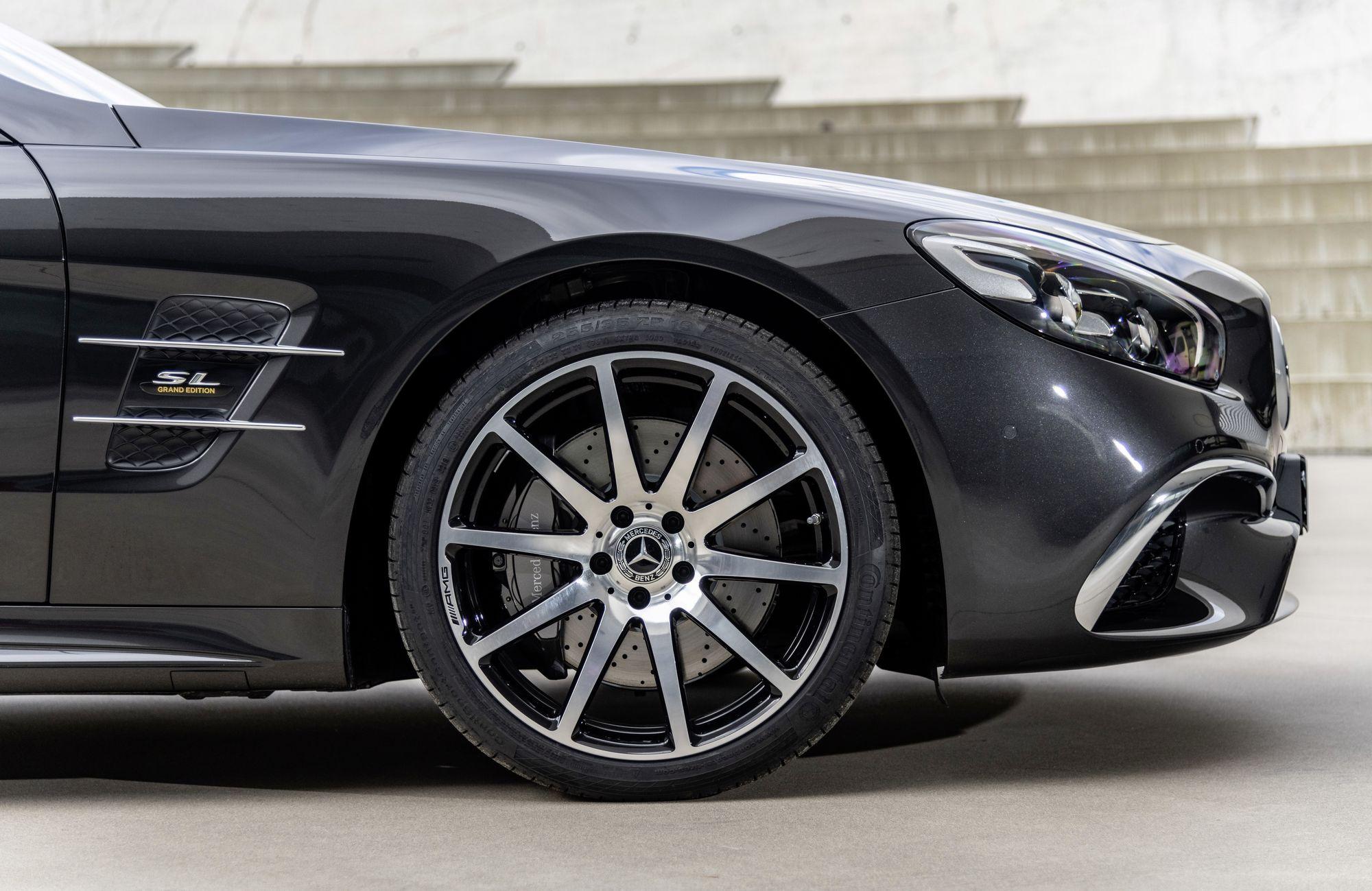 Mercedes-Benz SL Grand Edition (6)