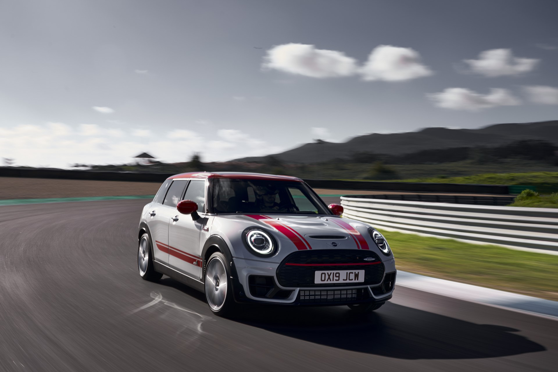 Mini-Clubman-JCW-and-Countryman-15