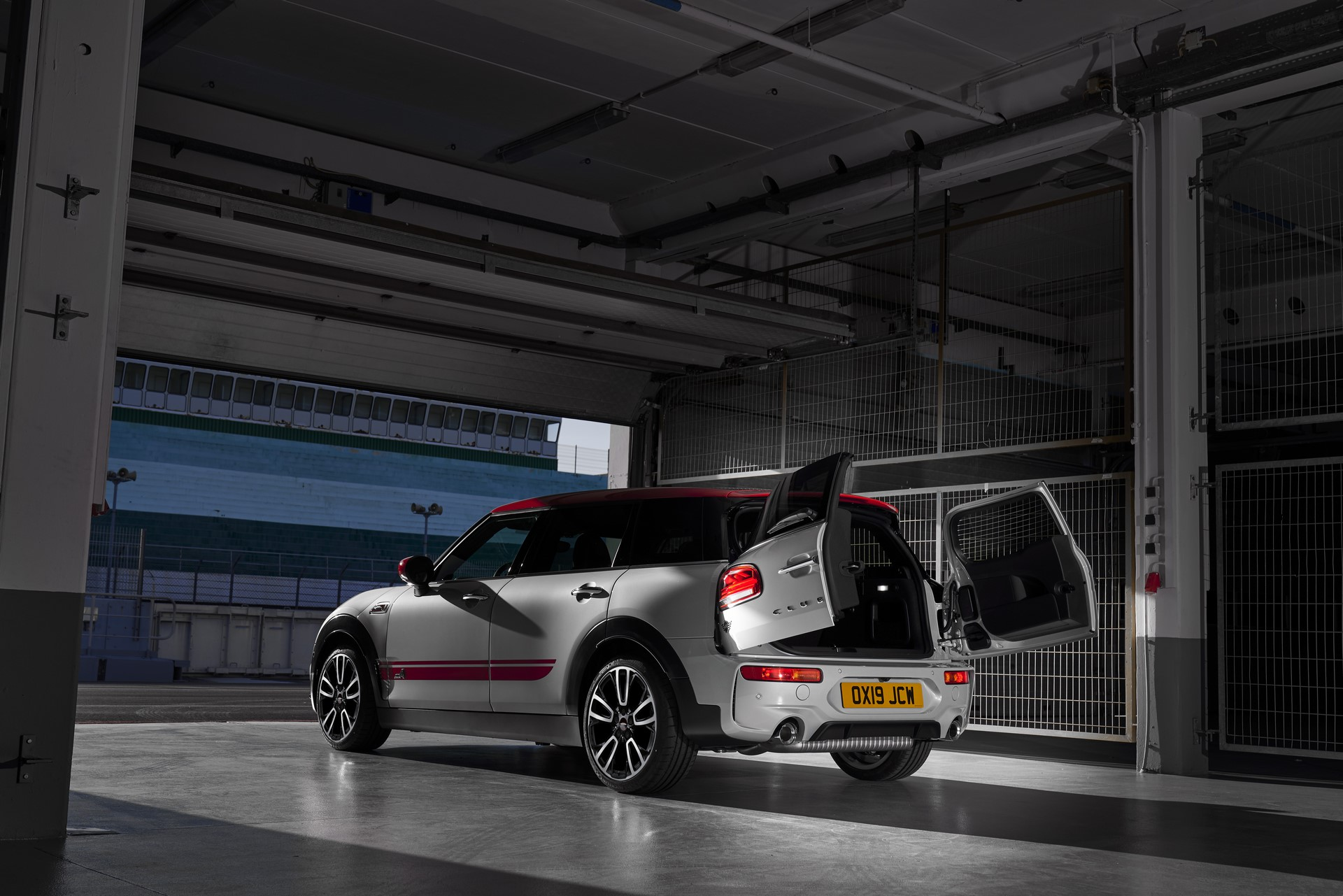 Mini-Clubman-JCW-and-Countryman-33