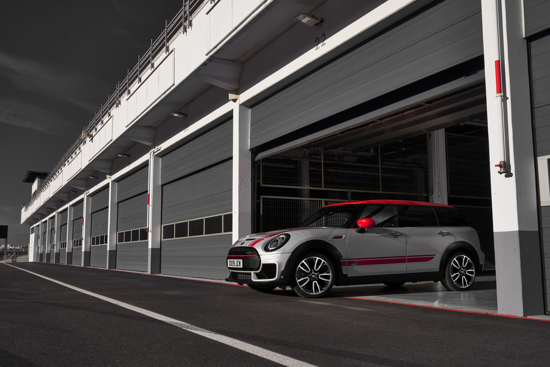 Mini-Clubman-JCW-and-Countryman-36