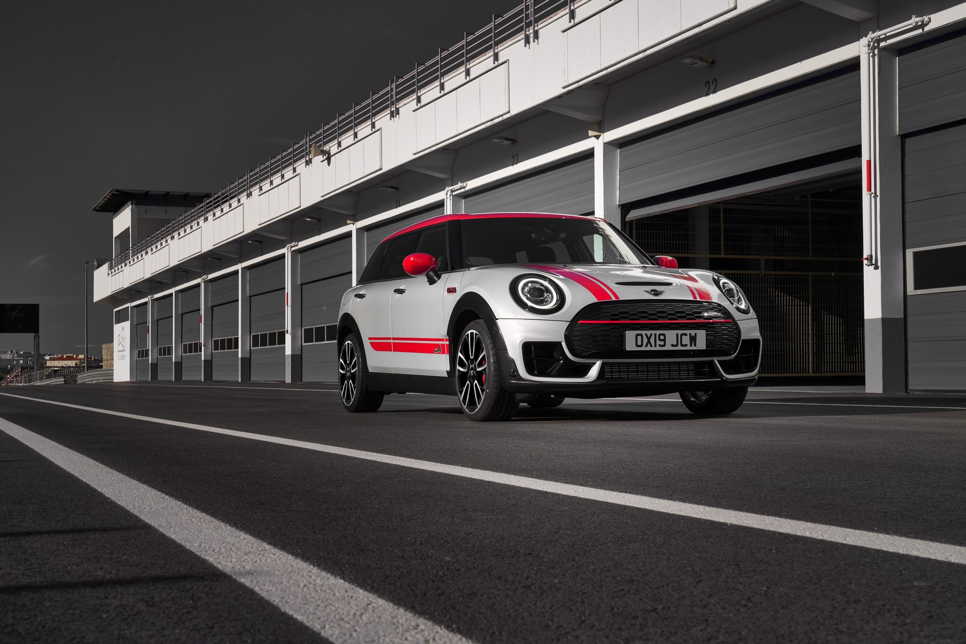 Mini-Clubman-JCW-and-Countryman-40