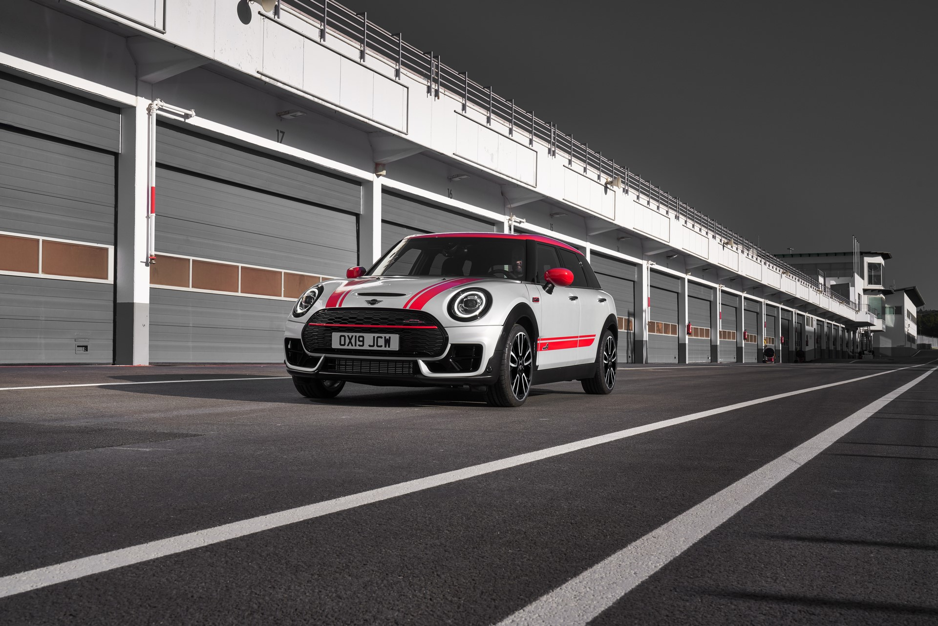 Mini-Clubman-JCW-and-Countryman-42