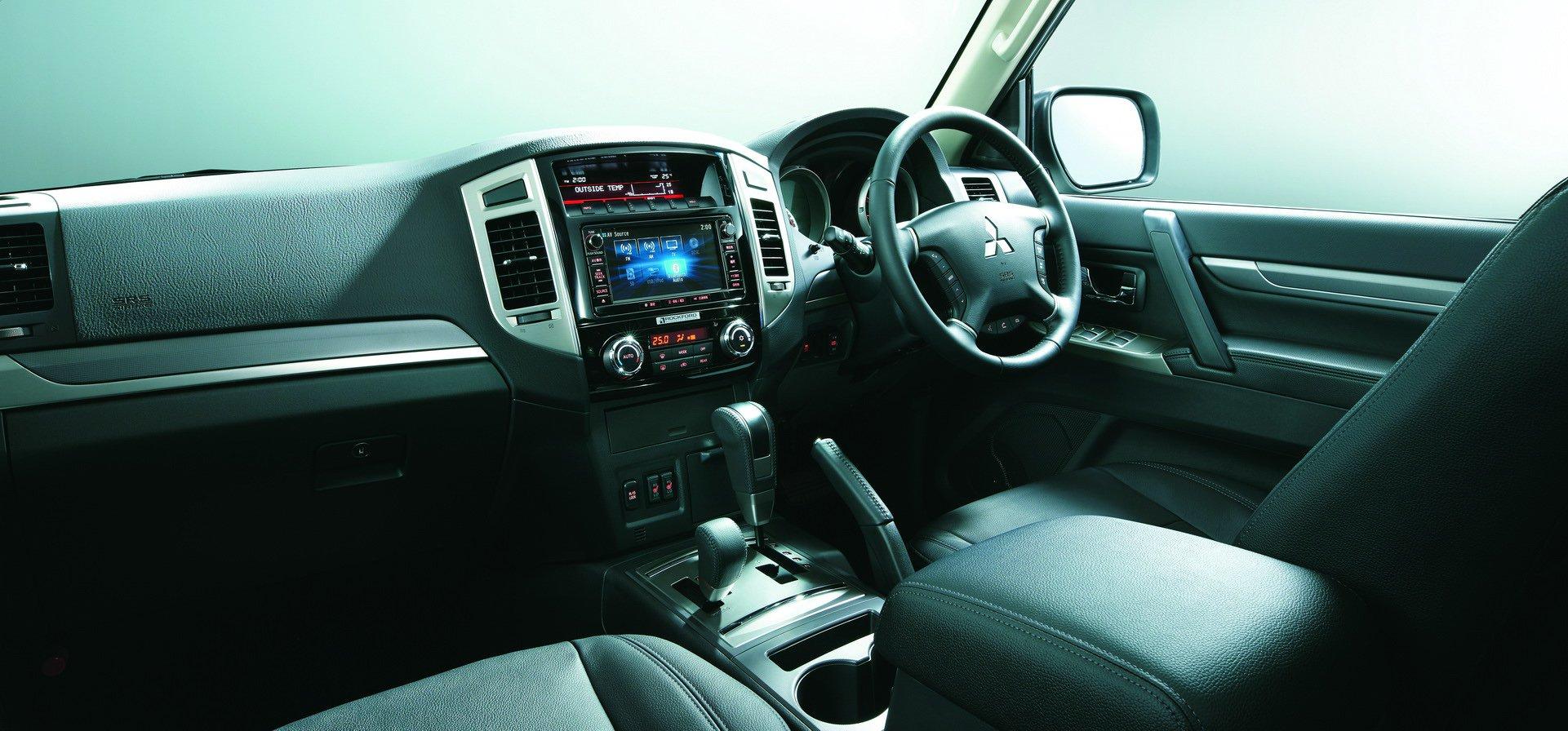 Mitsubishi-Pajero-Final-Edition-4