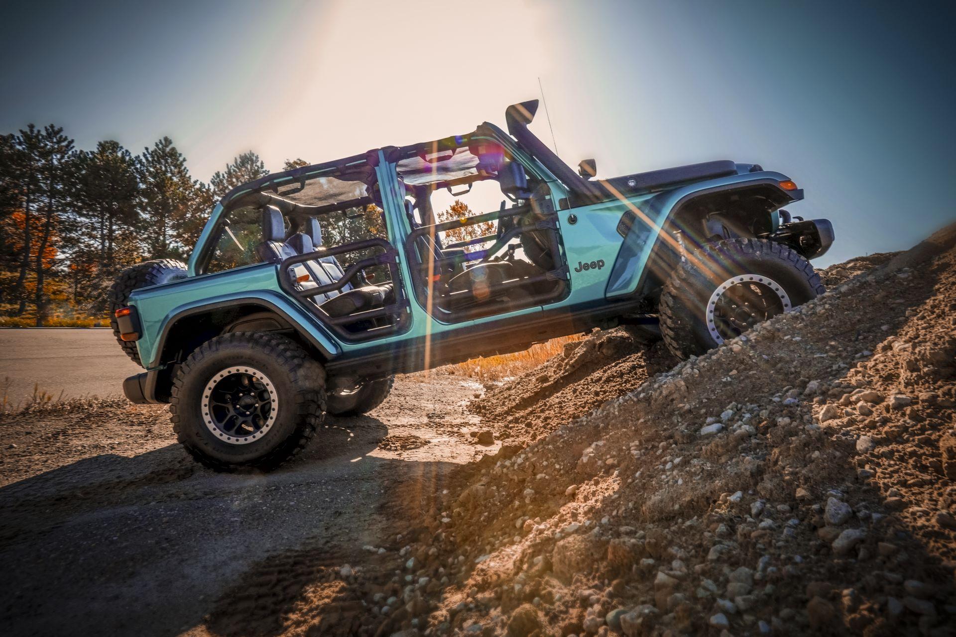 Jeep-Wrangler-Rubicon-Mopar-2