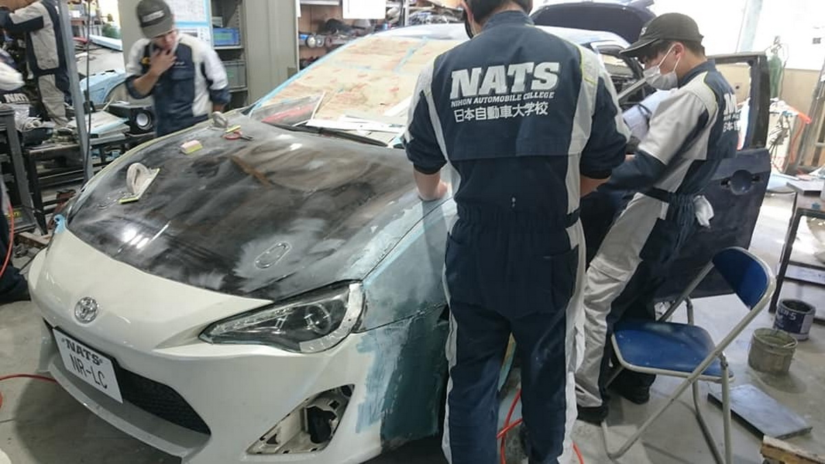 Toyota-GT86-4Door-NATS-05