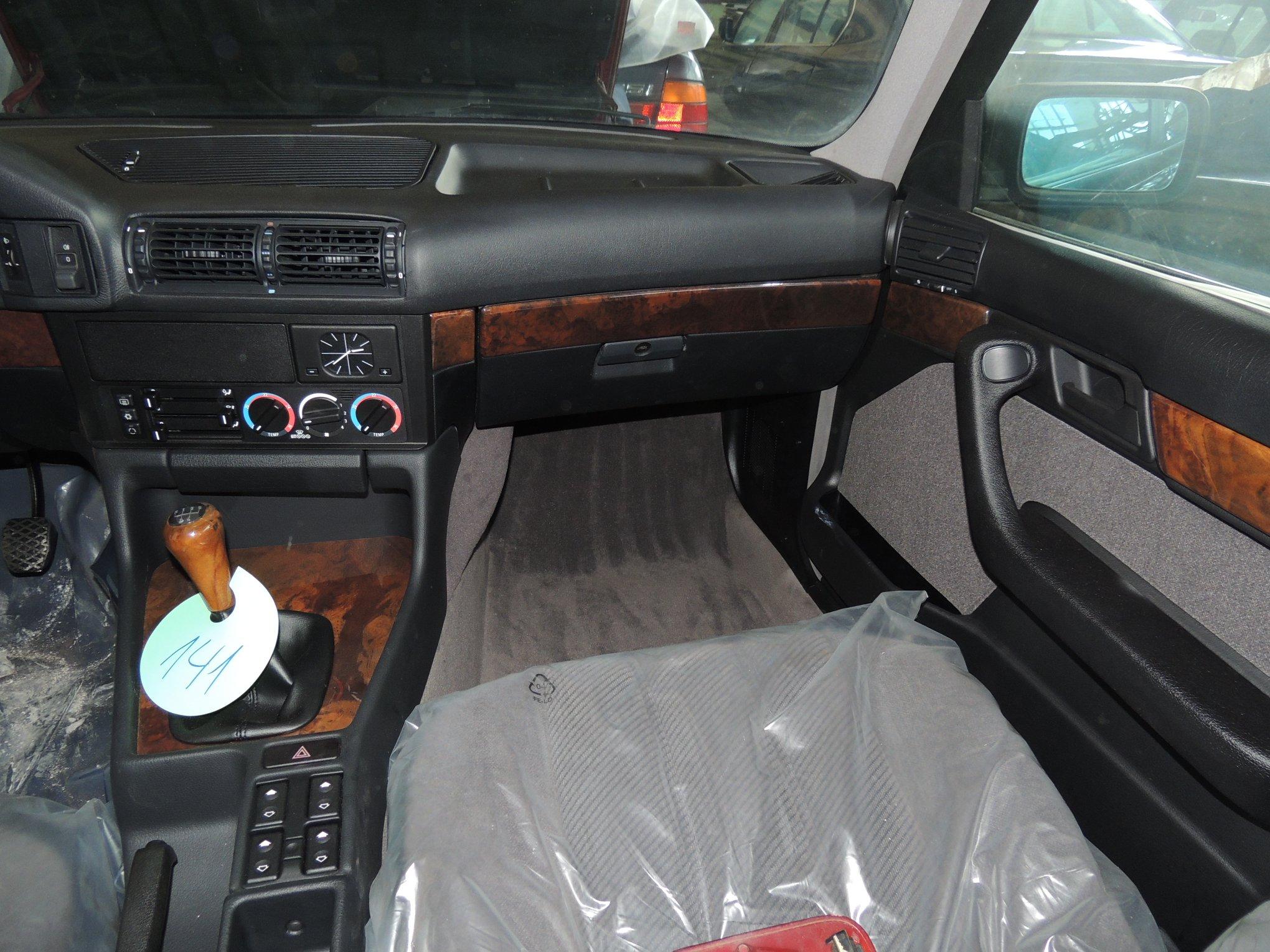 Never_Driven_1994_BMW_5_Series_E34_0021