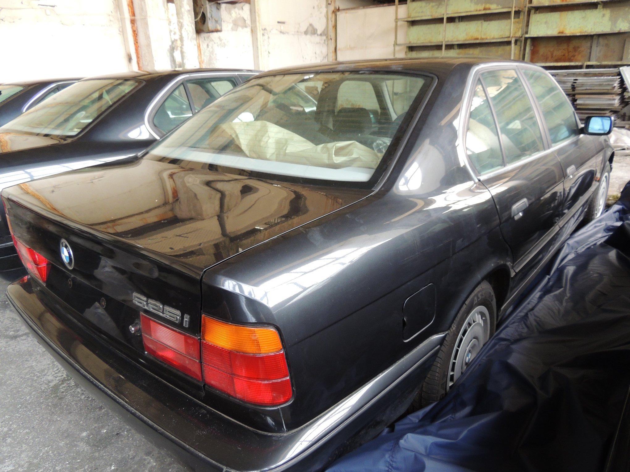 Never_Driven_1994_BMW_5_Series_E34_0024