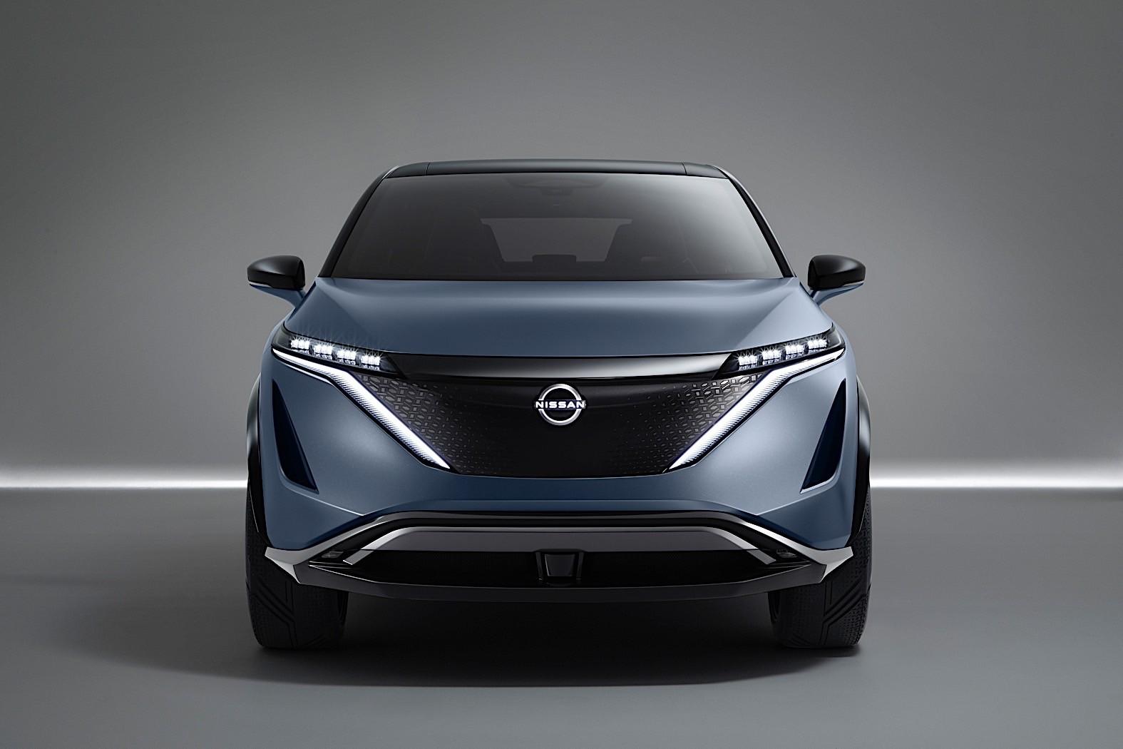 1_Nissan-Ariya-Concept-32