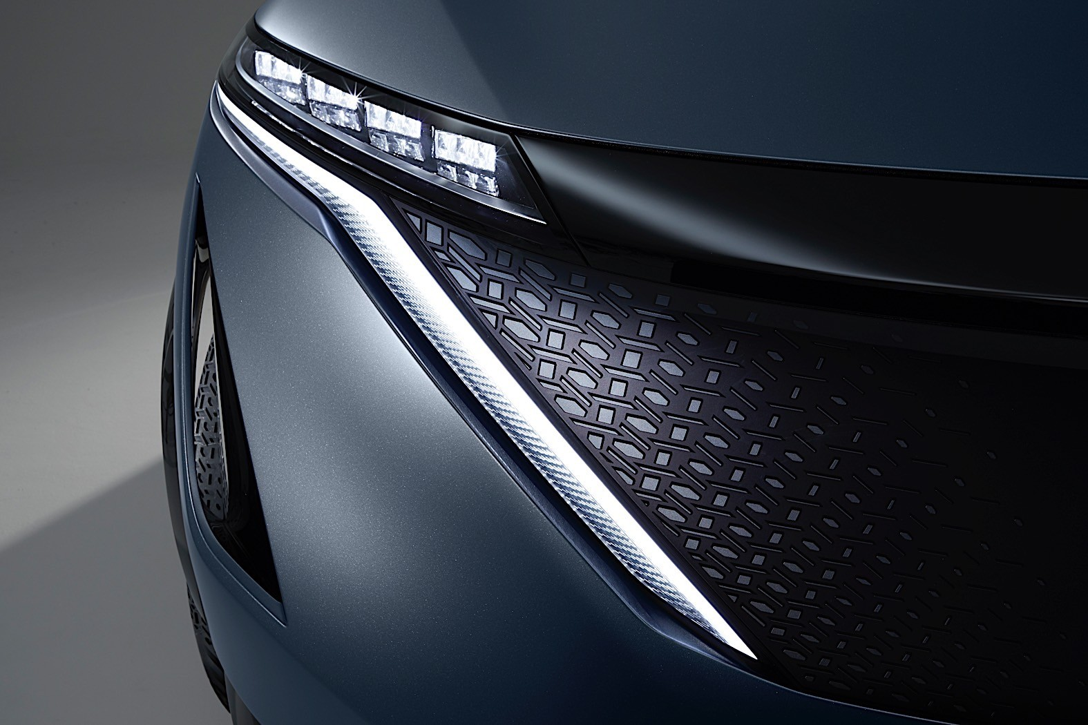 Nissan-Ariya-Concept-34