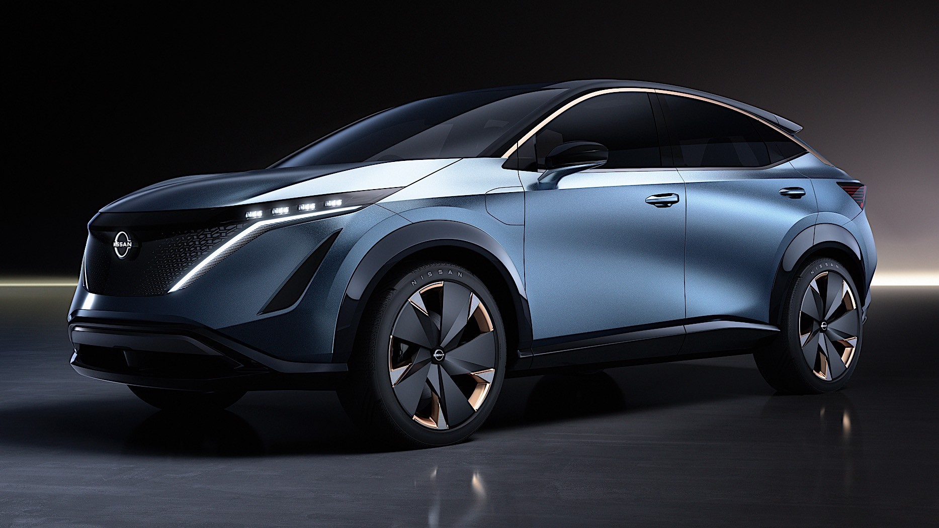 Nissan-Ariya-Concept-38
