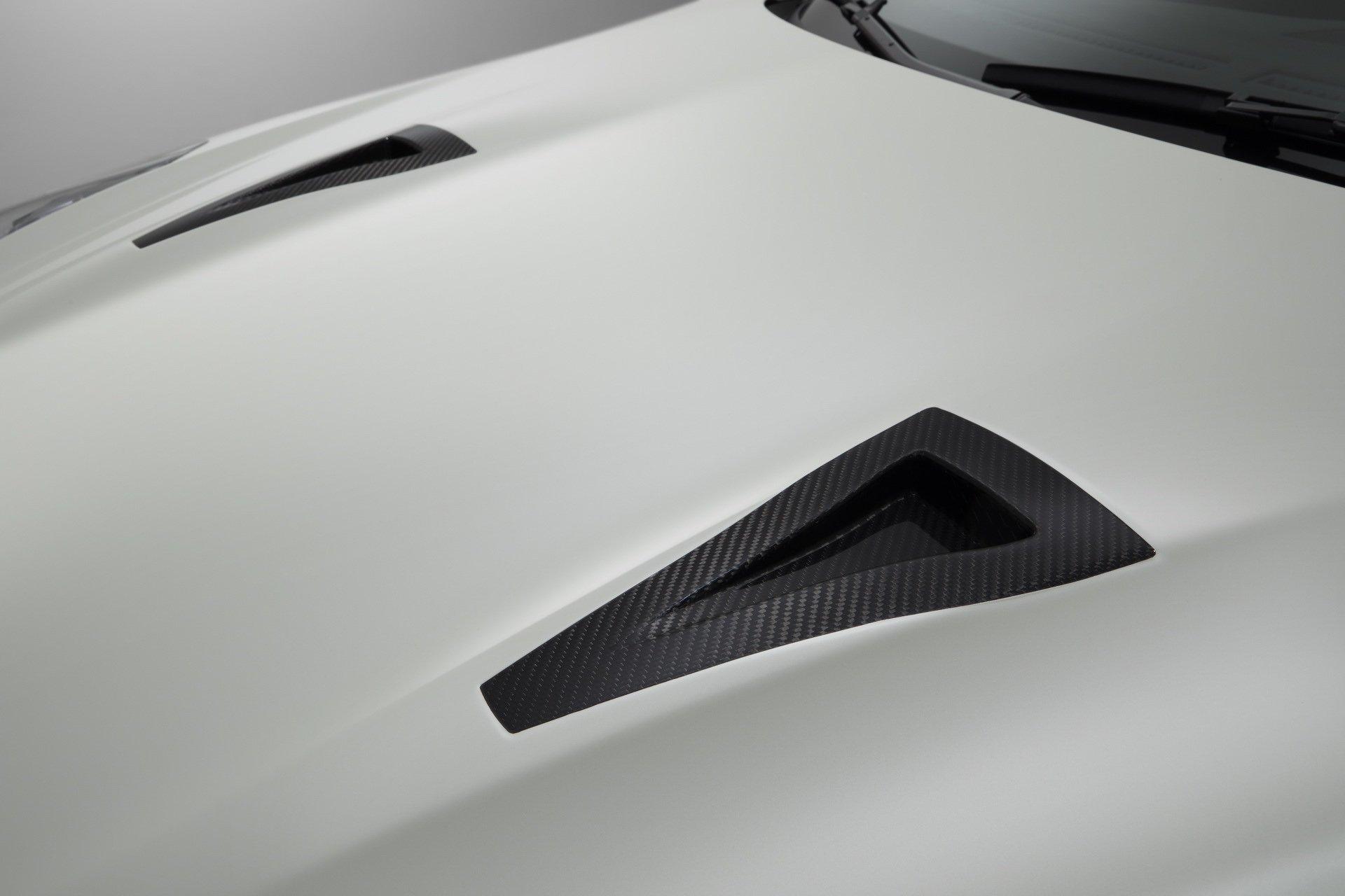 Nissan-GT-R-Nismo-2020-21