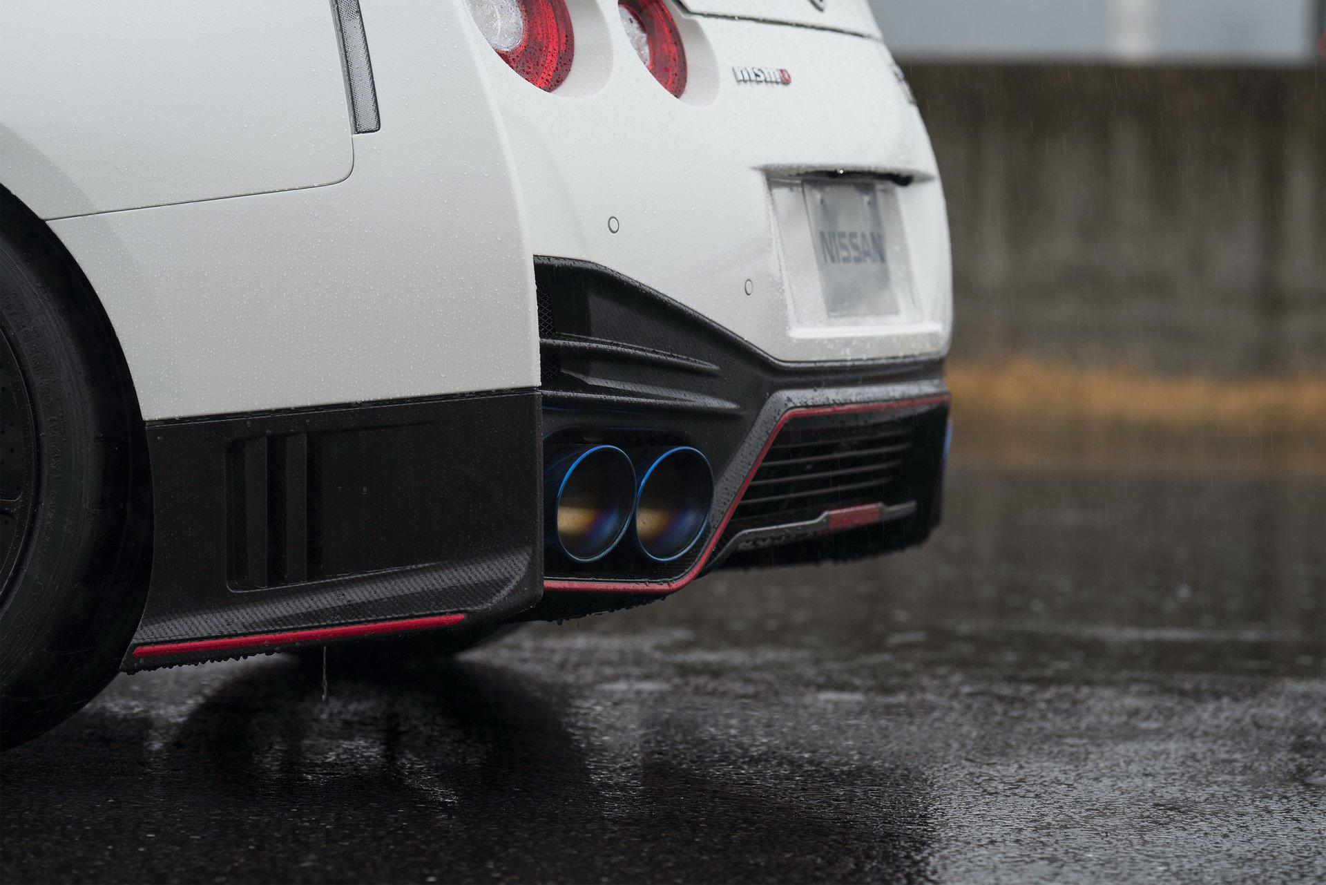 Nissan-GT-R-Nismo-2020-9
