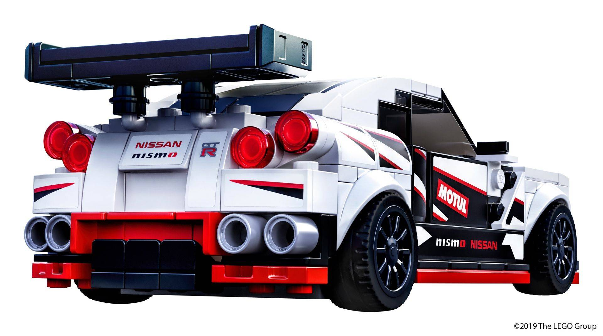 Nissan_GT-R_Nismo_Lego_0011