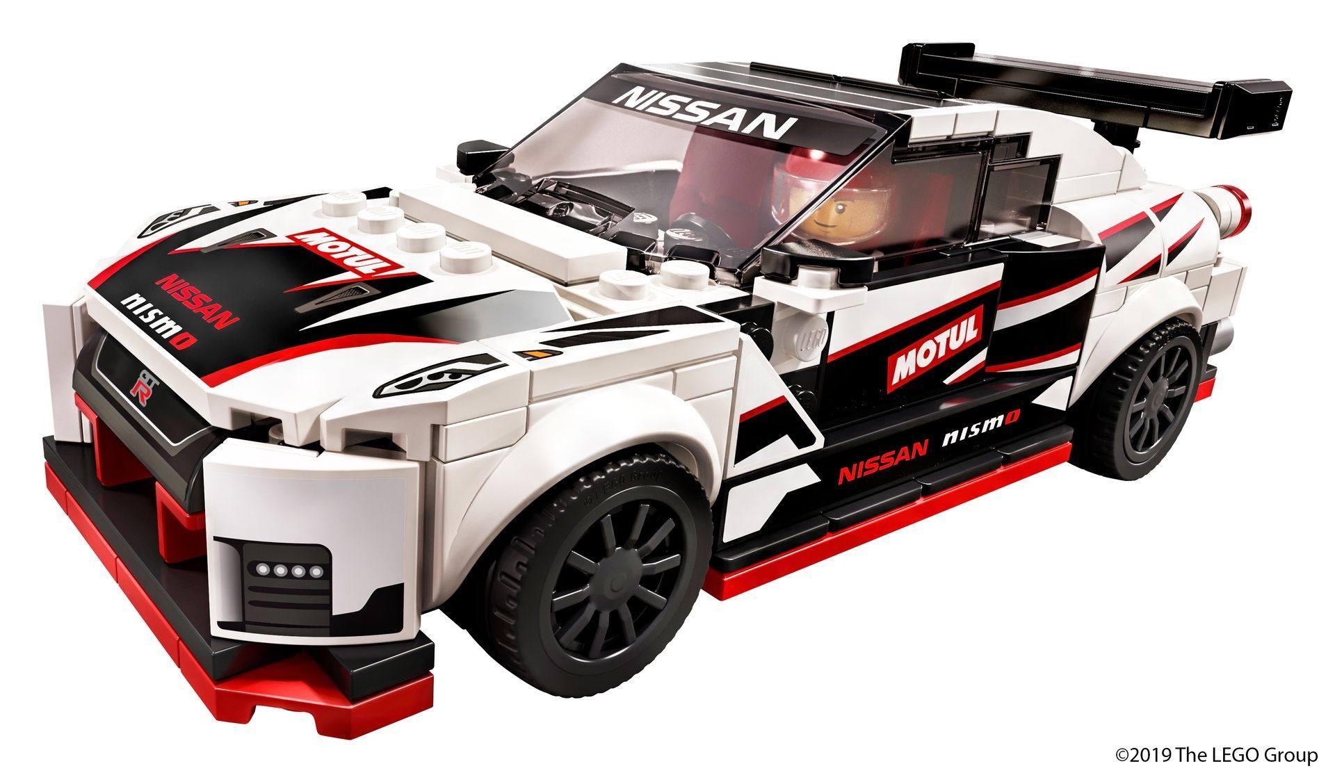 Nissan_GT-R_Nismo_Lego_0018