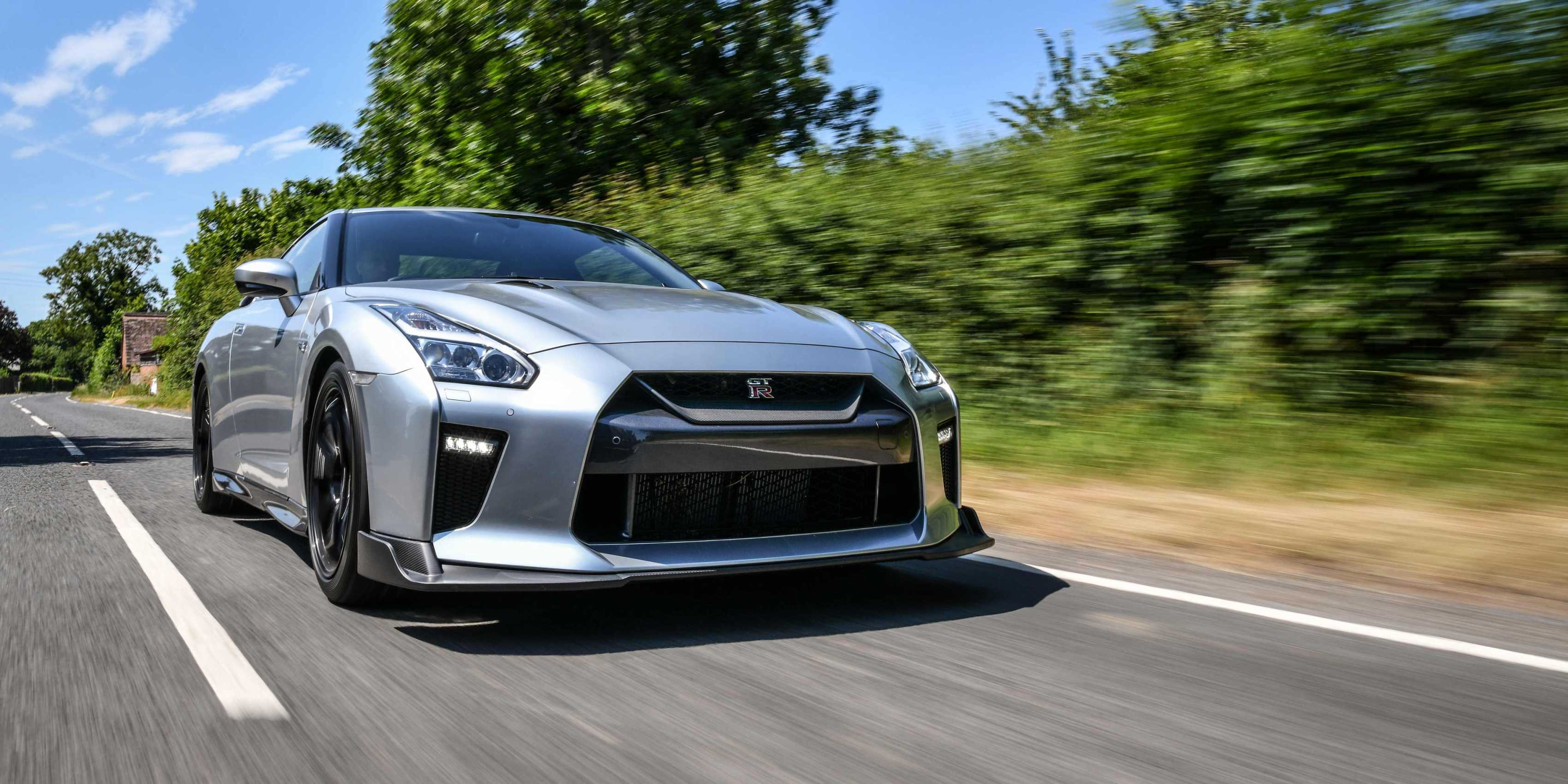 Nissan_GT-R_Track_Edition_by_Litchfield_0003