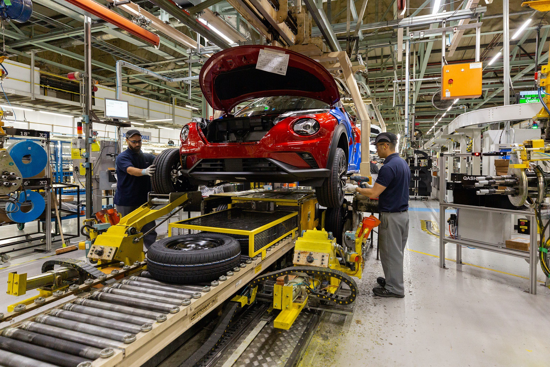 Nissan-Juke-production-Final-Assembly-7
