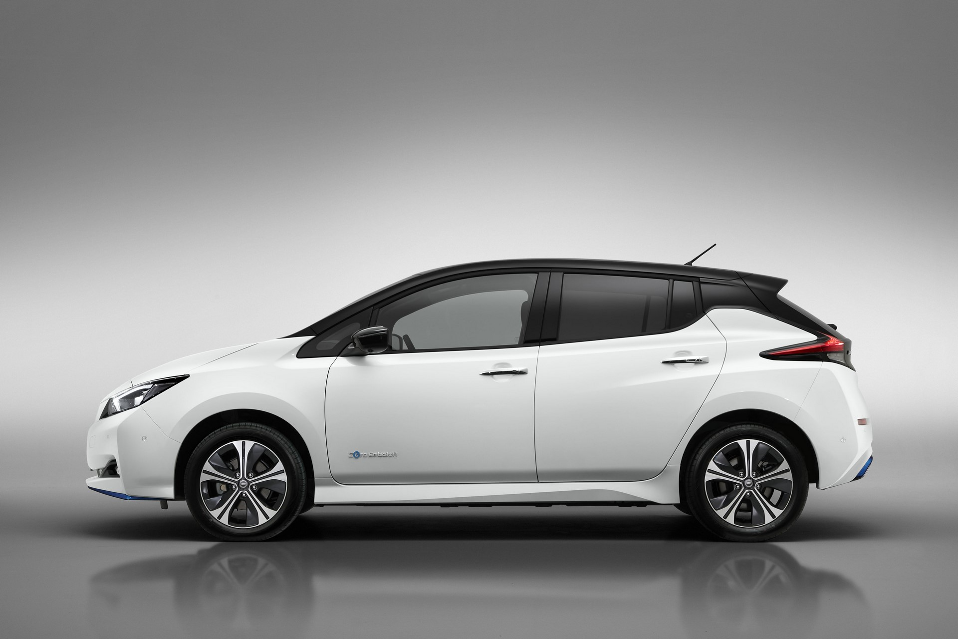 Nissan Leaf e-plus 2019 Europe (5)