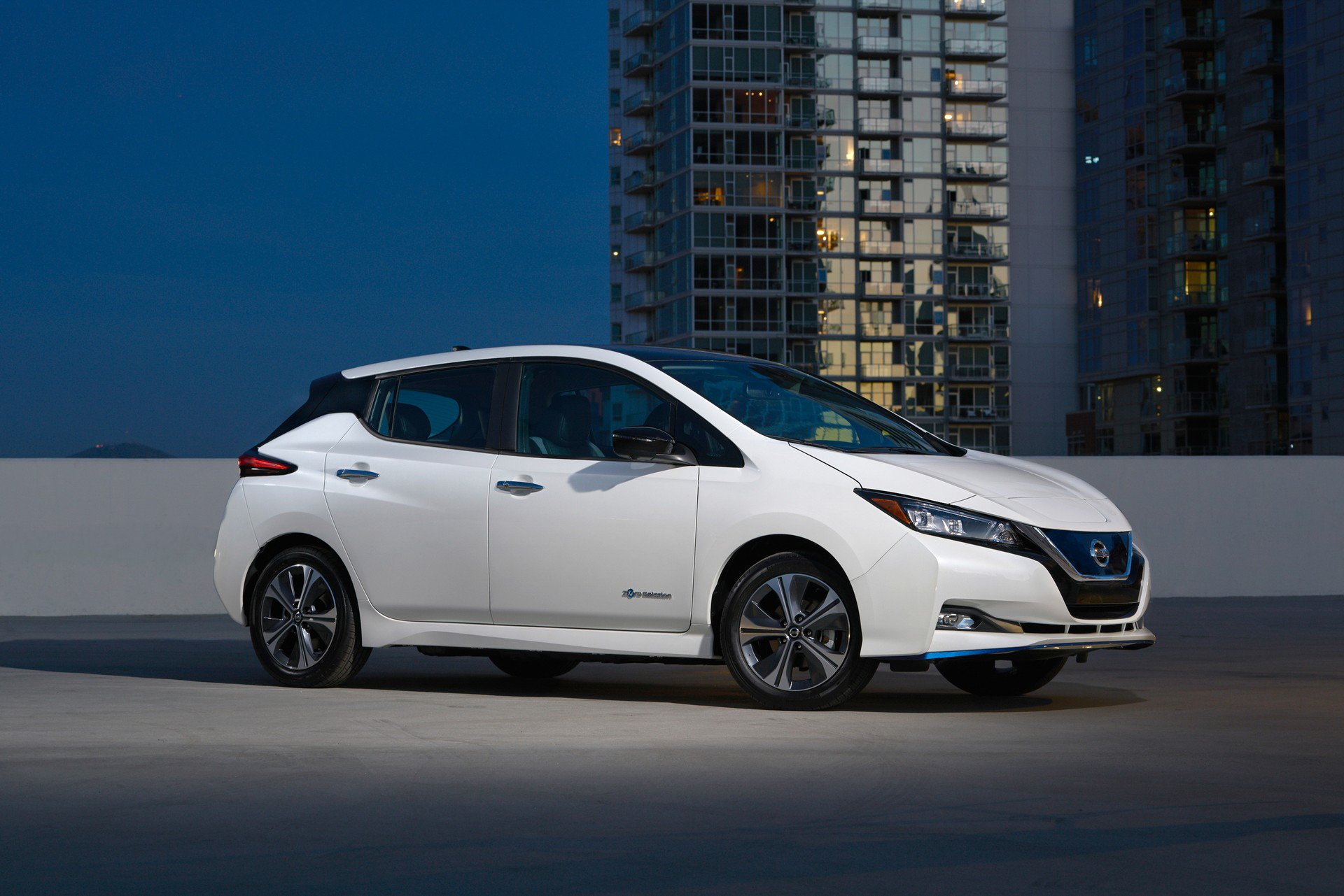 Nissan Leaf e-plus 2019 USA Spec (1)