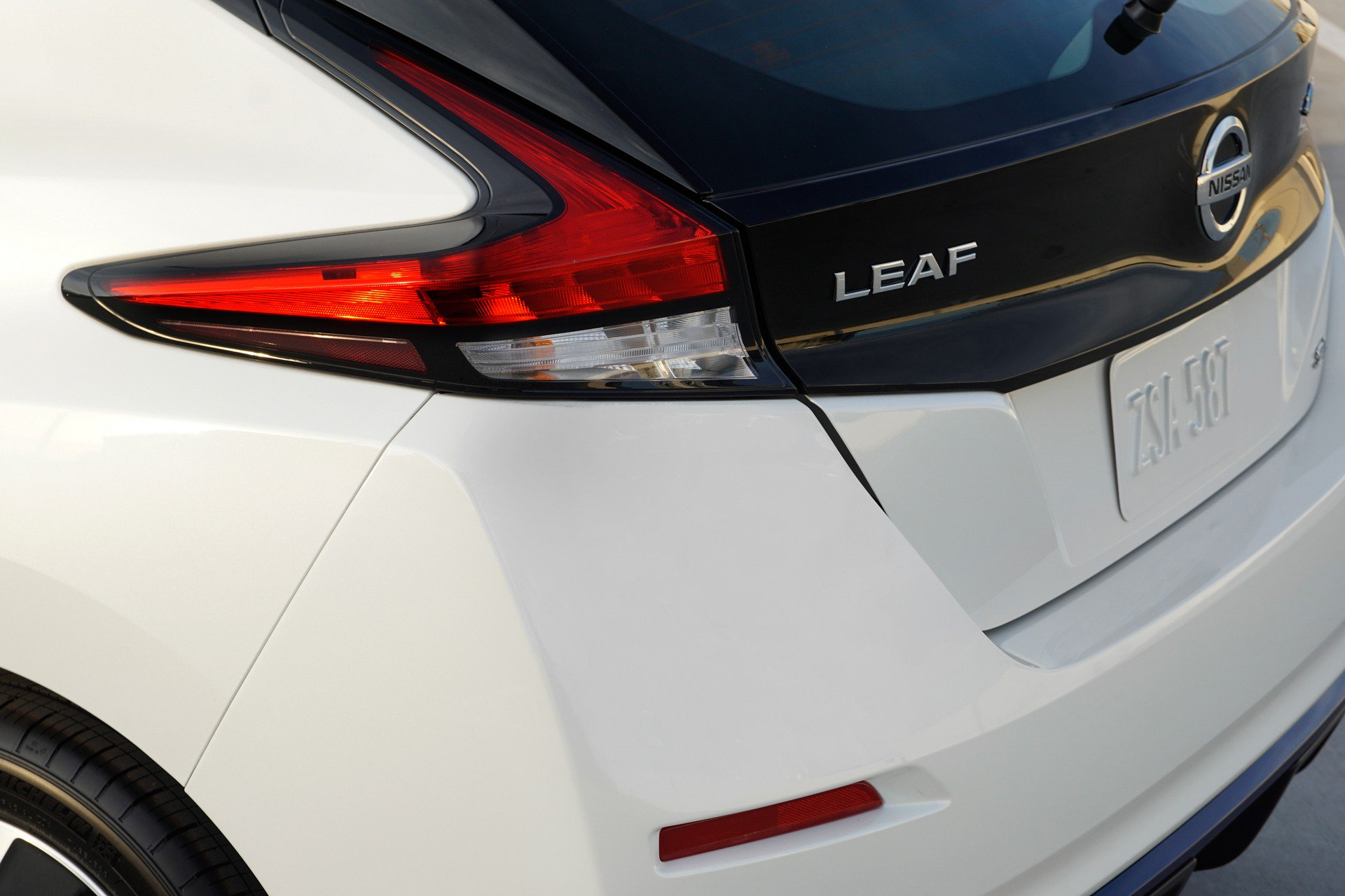 Nissan Leaf e-plus 2019 USA Spec (10)
