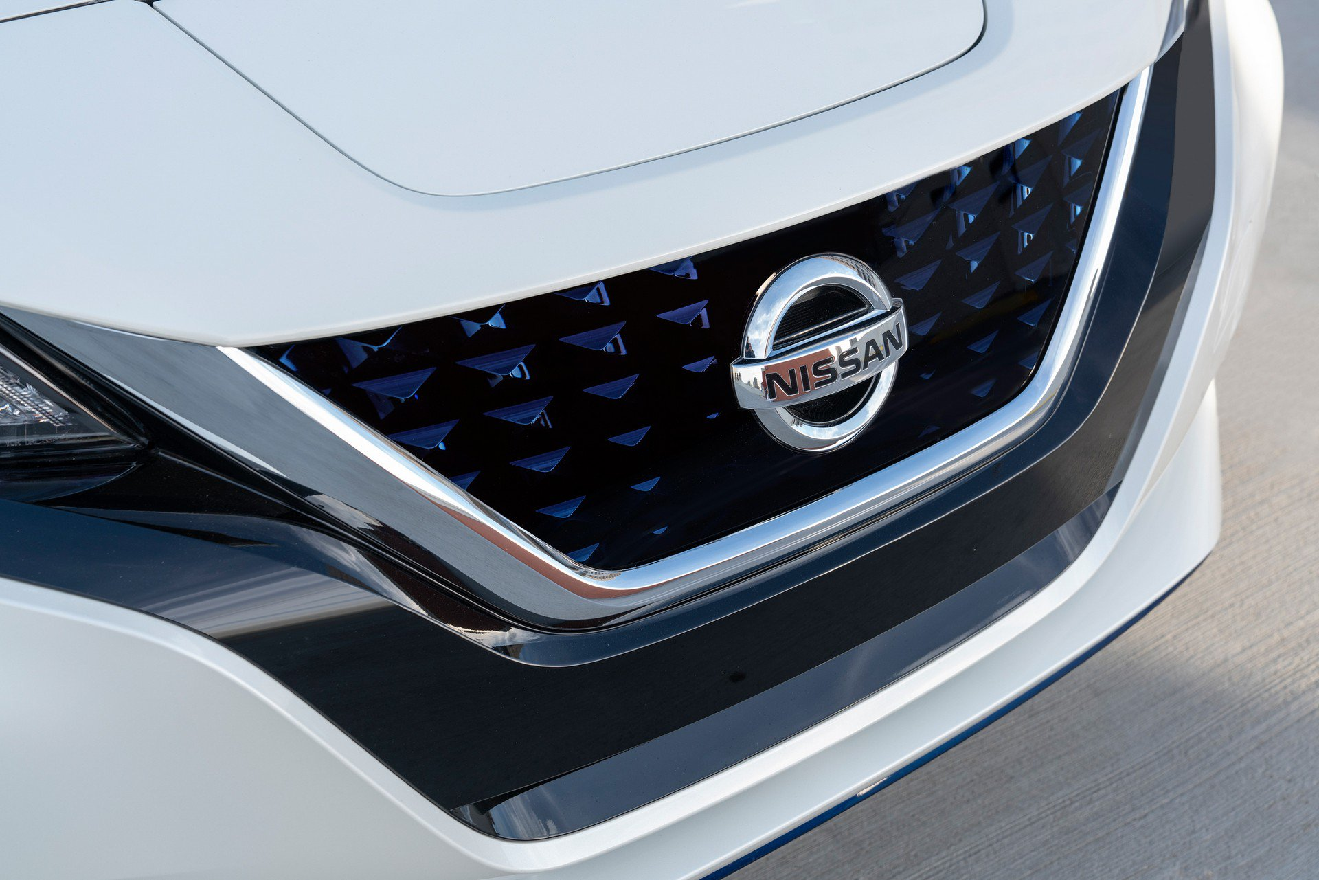 Nissan Leaf e-plus 2019 USA Spec (13)