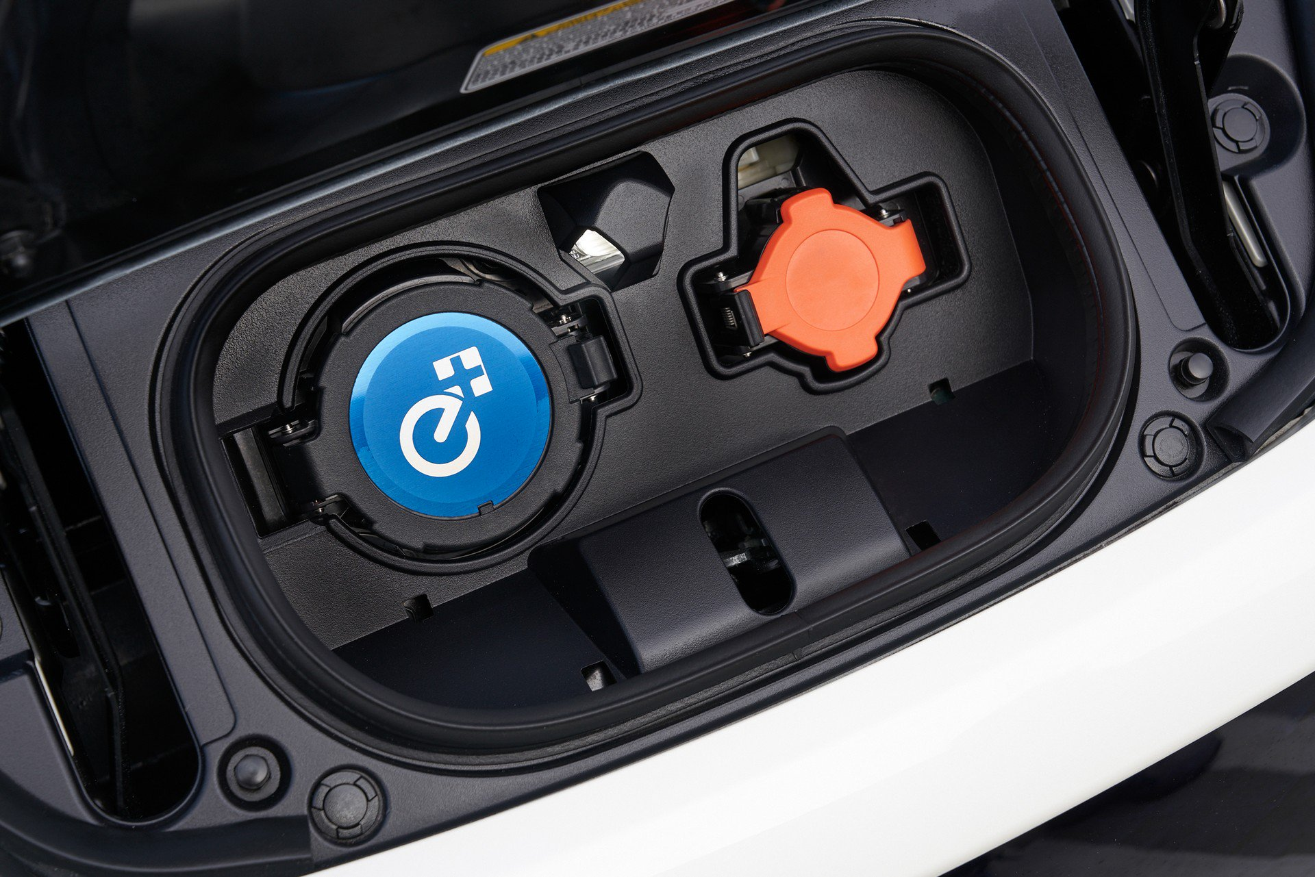 Nissan Leaf e-plus 2019 USA Spec (19)