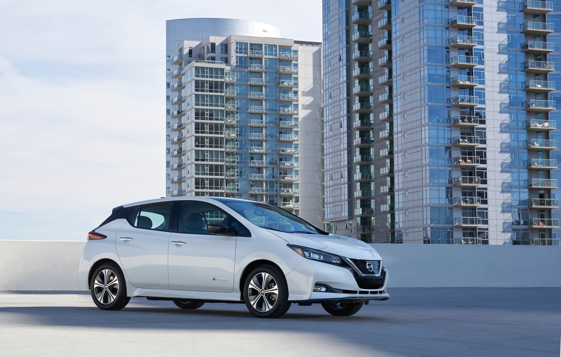 Nissan Leaf e-plus 2019 USA Spec (3)