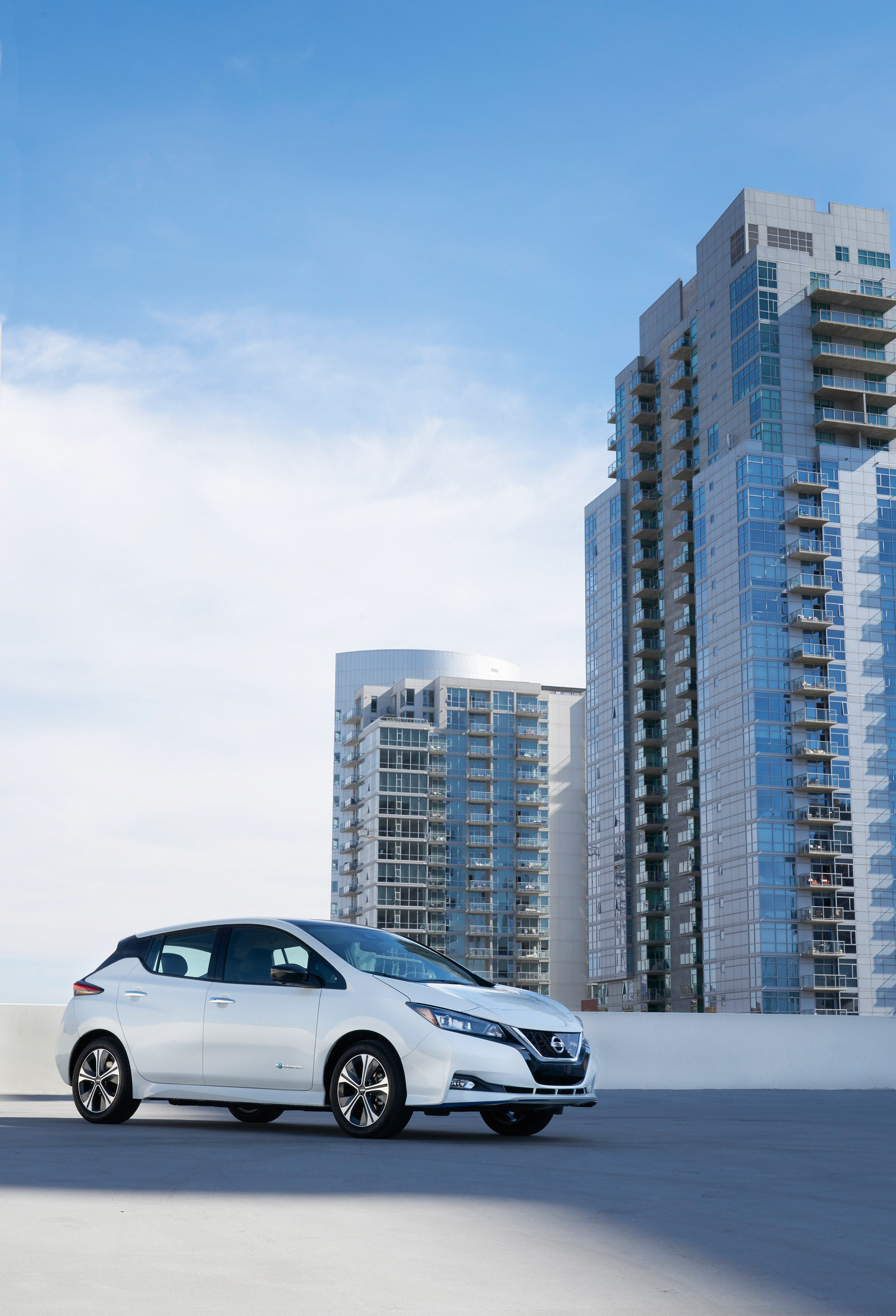 Nissan Leaf e-plus 2019 USA Spec (4)