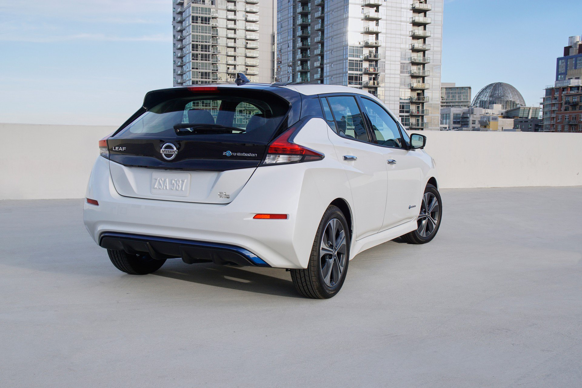 Nissan Leaf e-plus 2019 USA Spec (6)