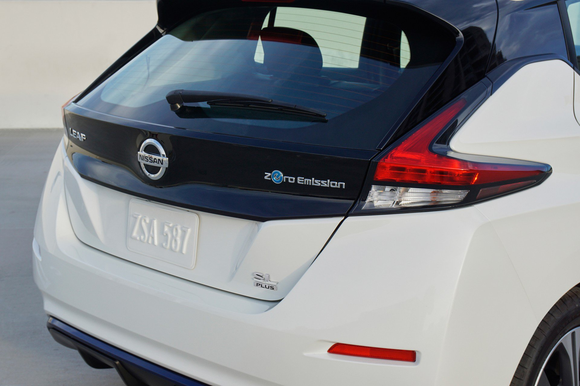 Nissan Leaf e-plus 2019 USA Spec (7)