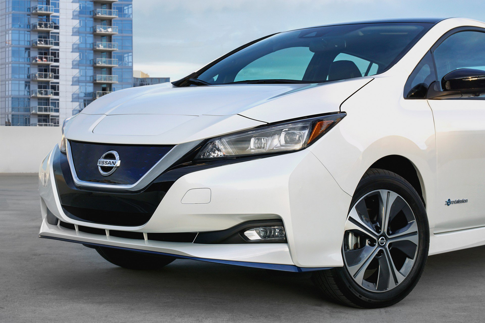 Nissan Leaf e-plus 2019 USA Spec (9)