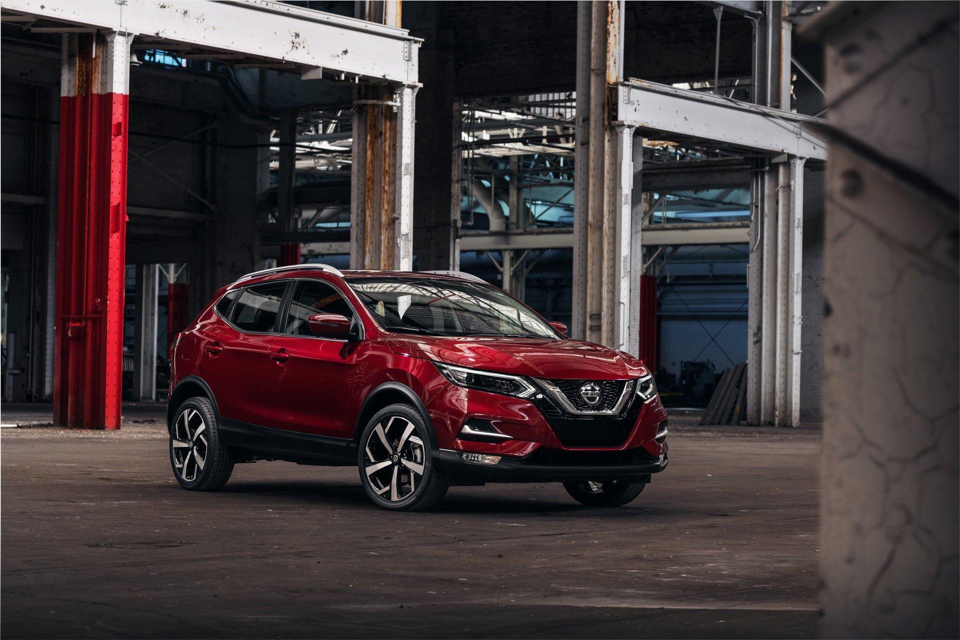 Nissan Rogue Sport 2020 (4)