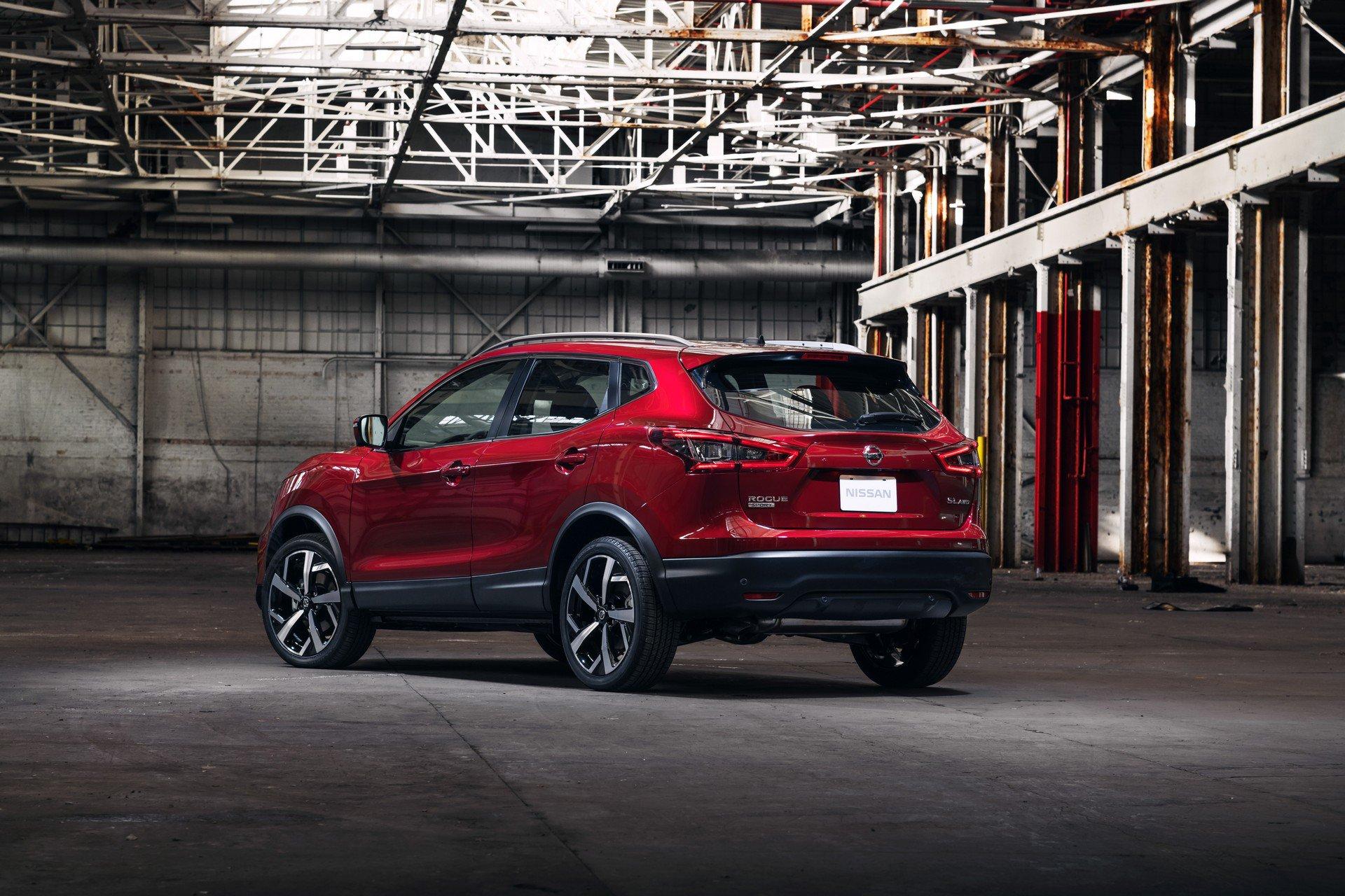 Nissan Rogue Sport 2020 (7)