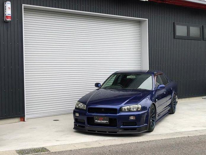 Nissan-Skyline-R34-GT-R-Sedan-16