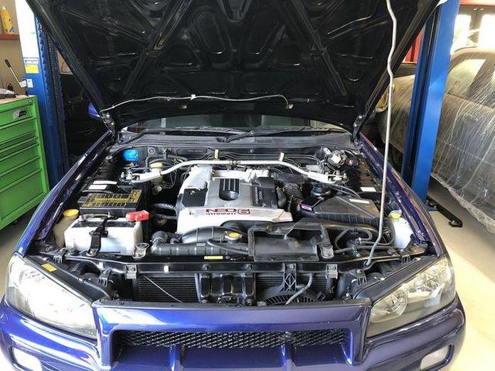 Nissan-Skyline-R34-GT-R-Sedan-26