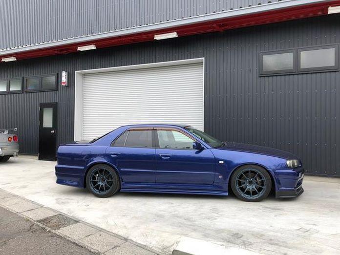 Nissan-Skyline-R34-GT-R-Sedan-7
