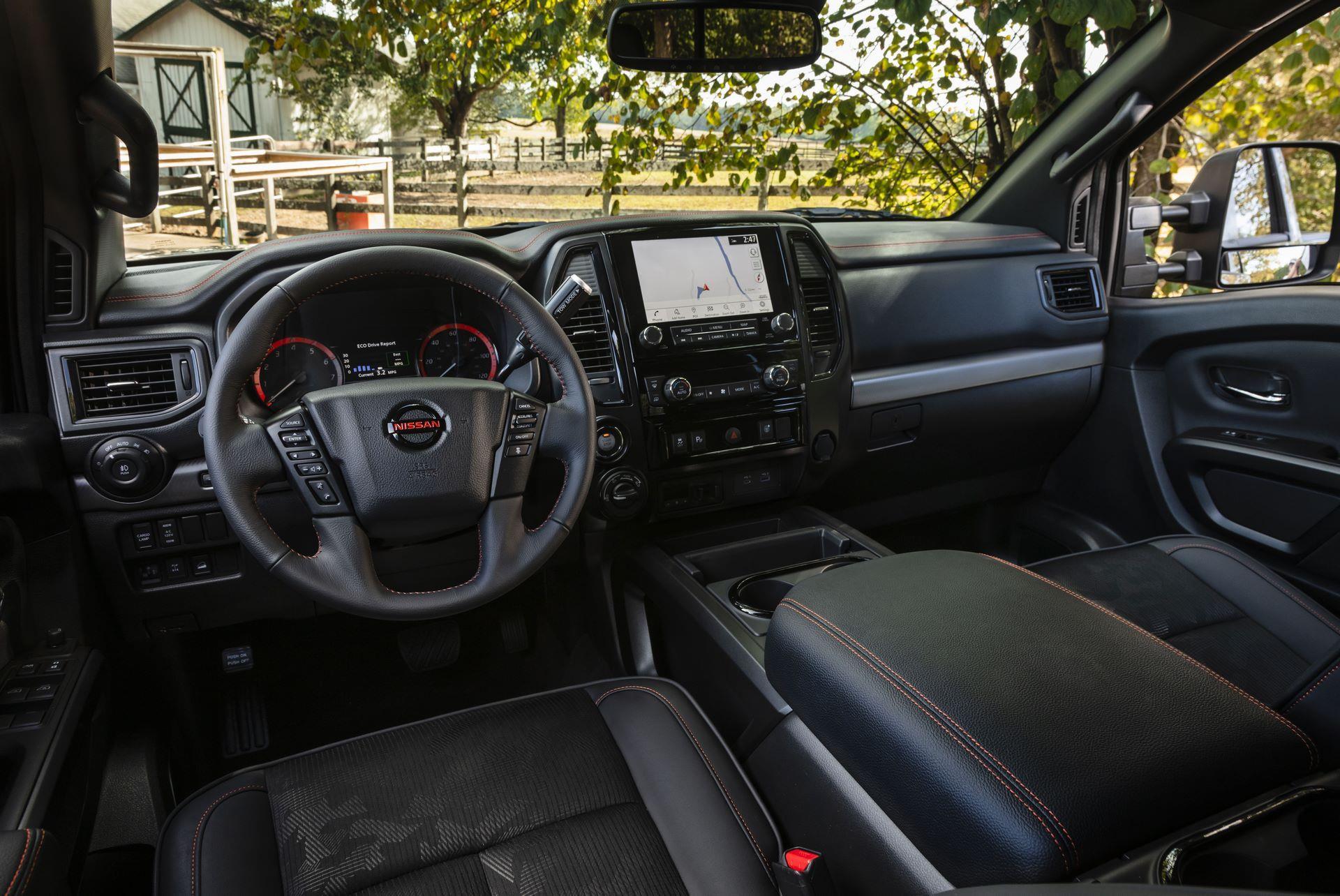 2020-Nissan-TITAN-XD-Interior-PRO-4X
