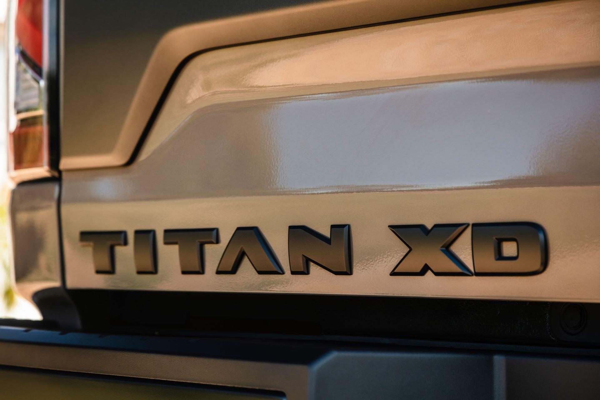 2020-Nissan-TITAN-XD-PRO-4X-2