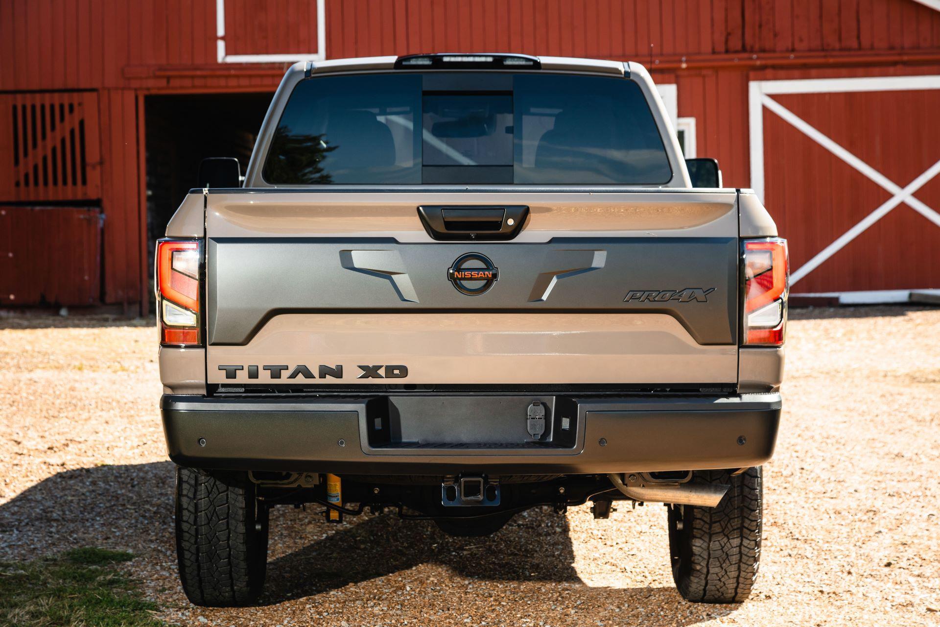 2020-Nissan-TITAN-XD-PRO-4X-5