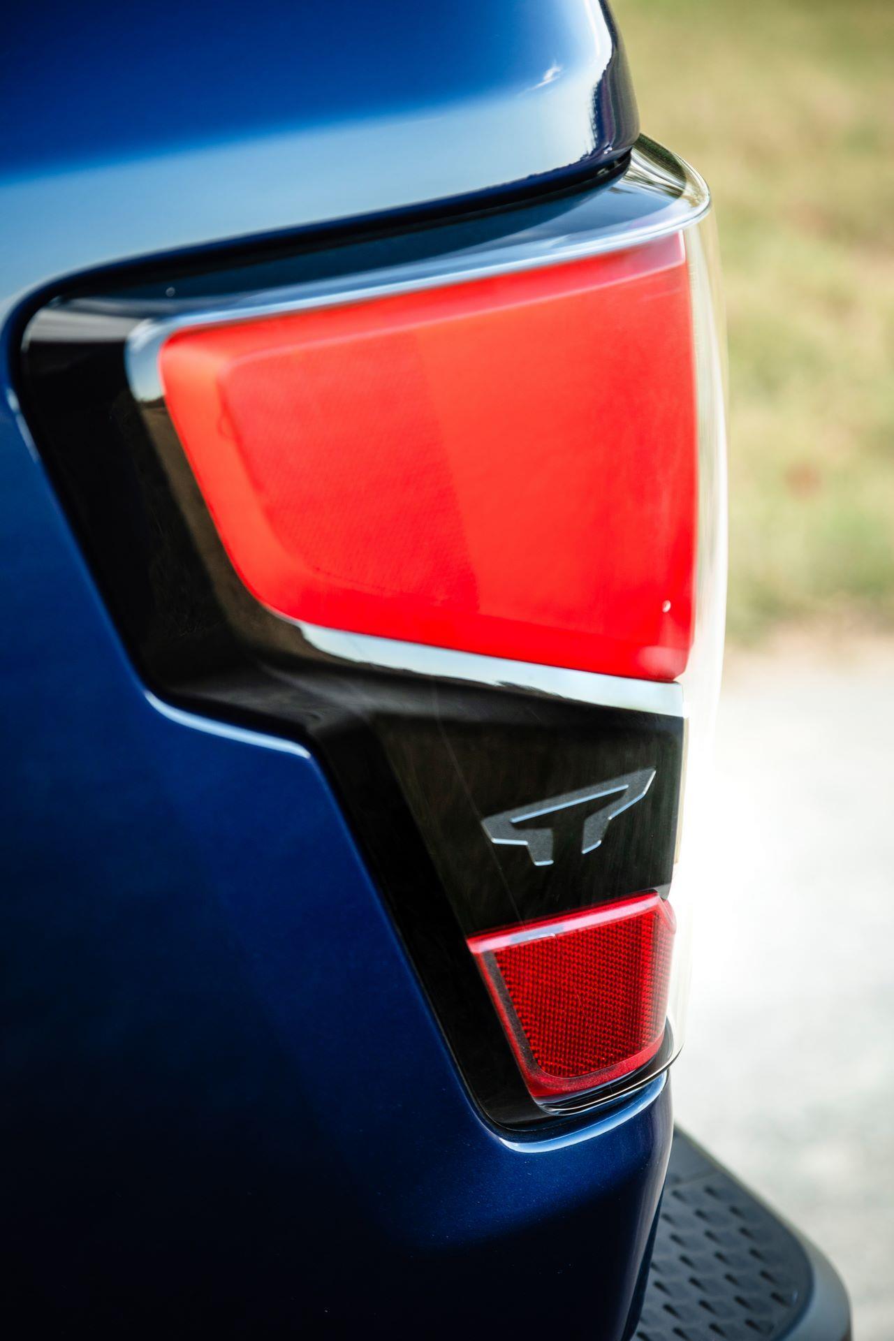 2020 Nissan TITAN XD SL