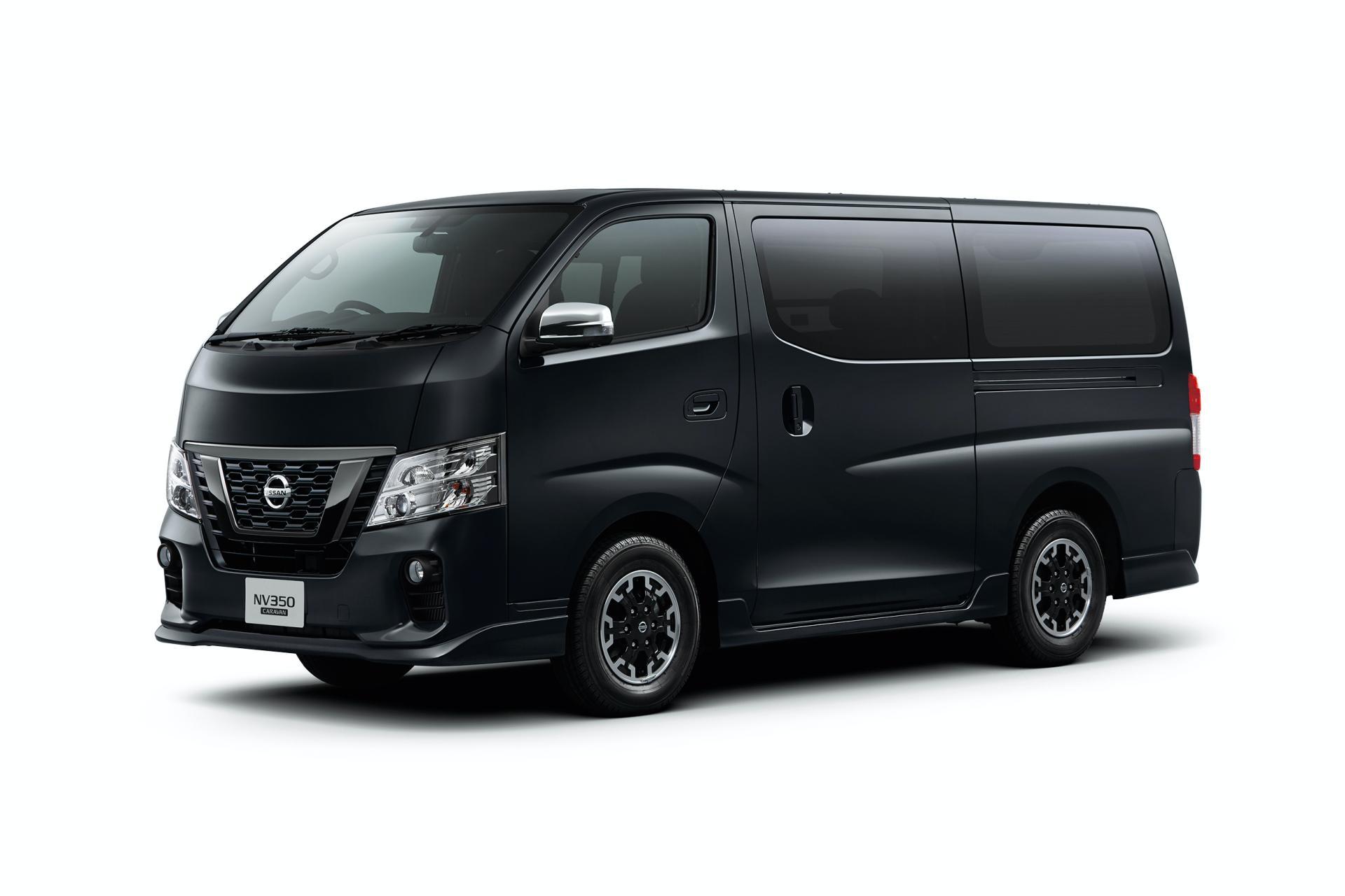 Nissan-NV350-Caravan-Premium-GX-Urban-Chrome