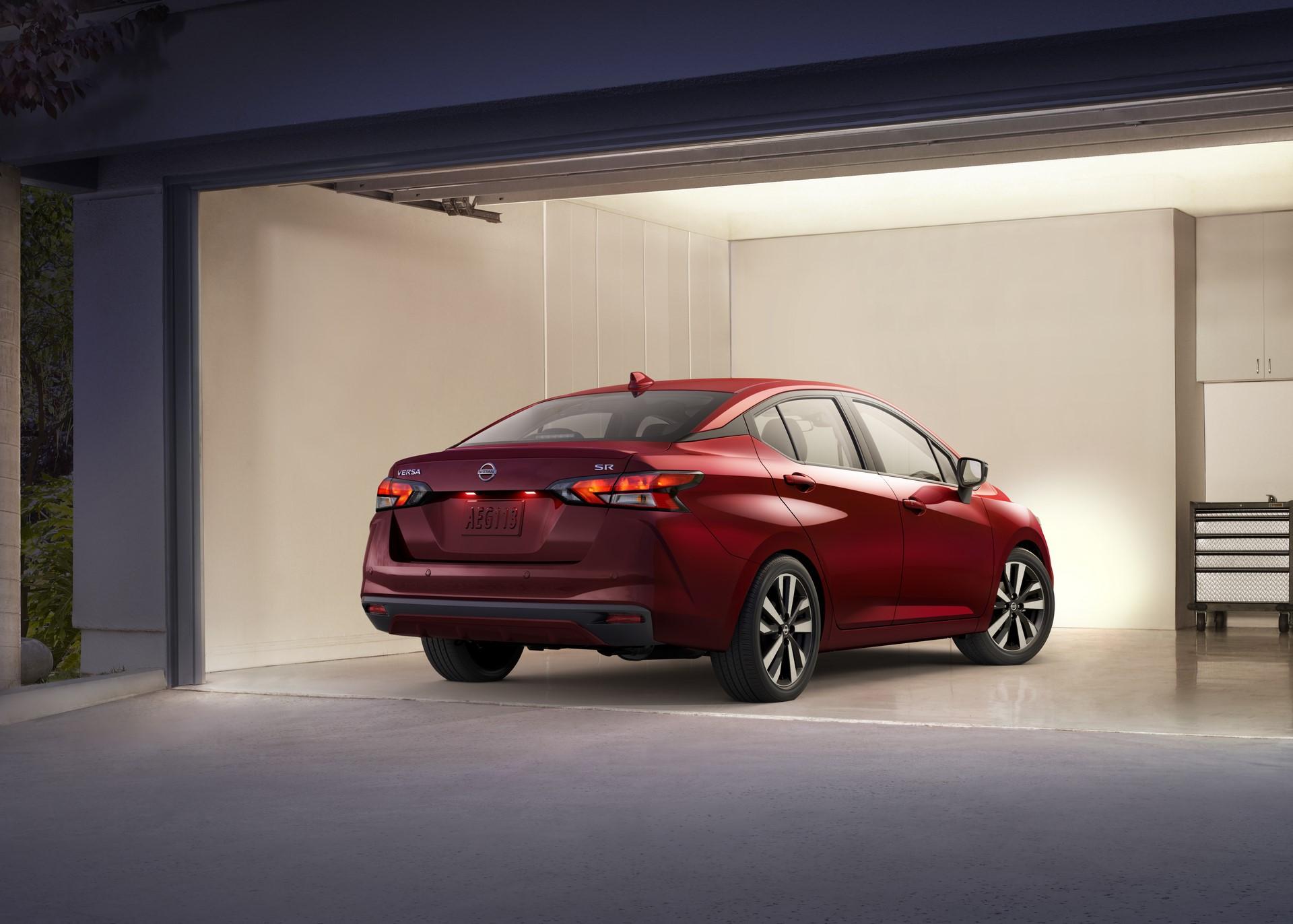 Nissan-Versa-2020-2