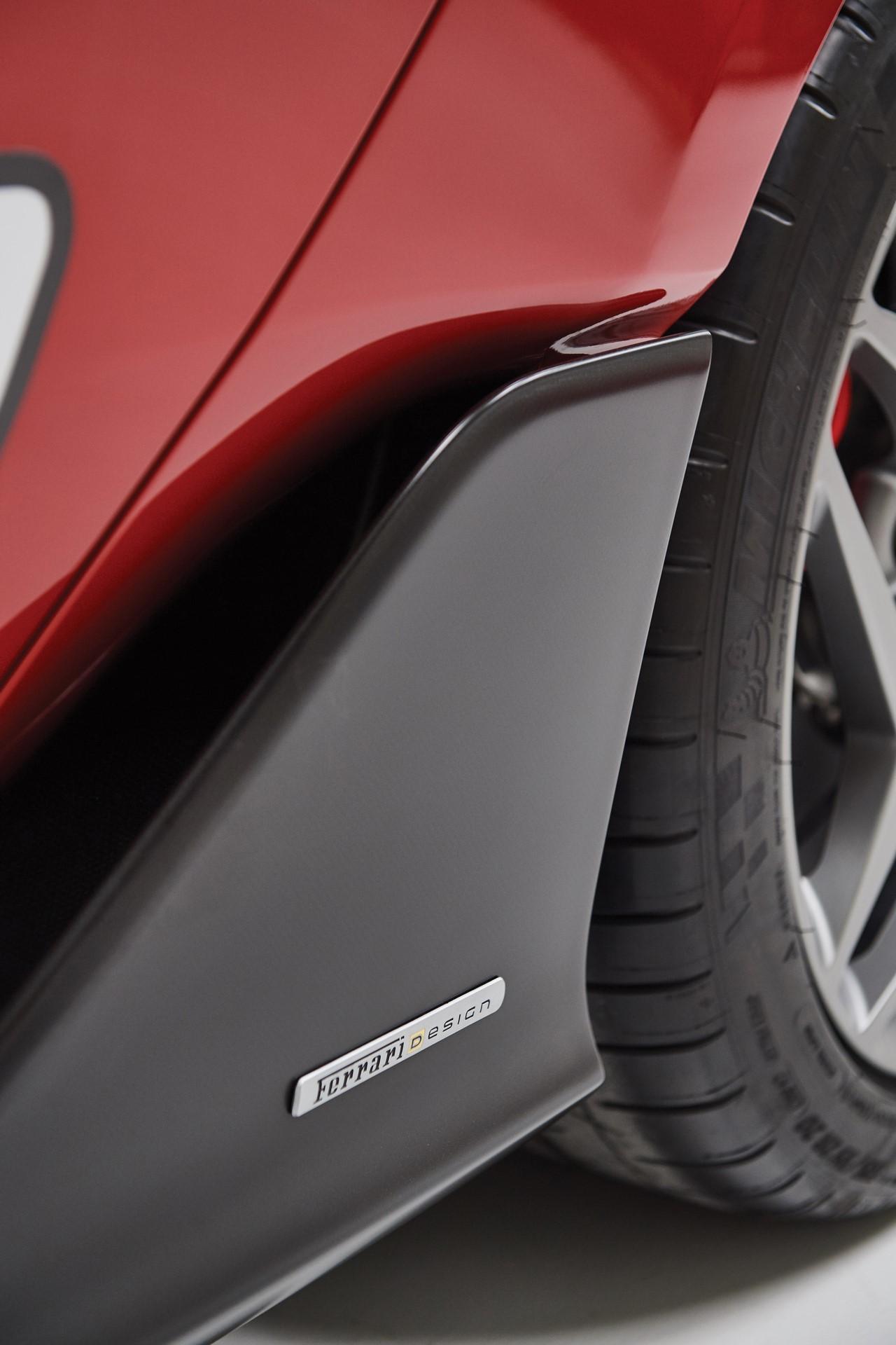 2011-Ferrari-SP30_16