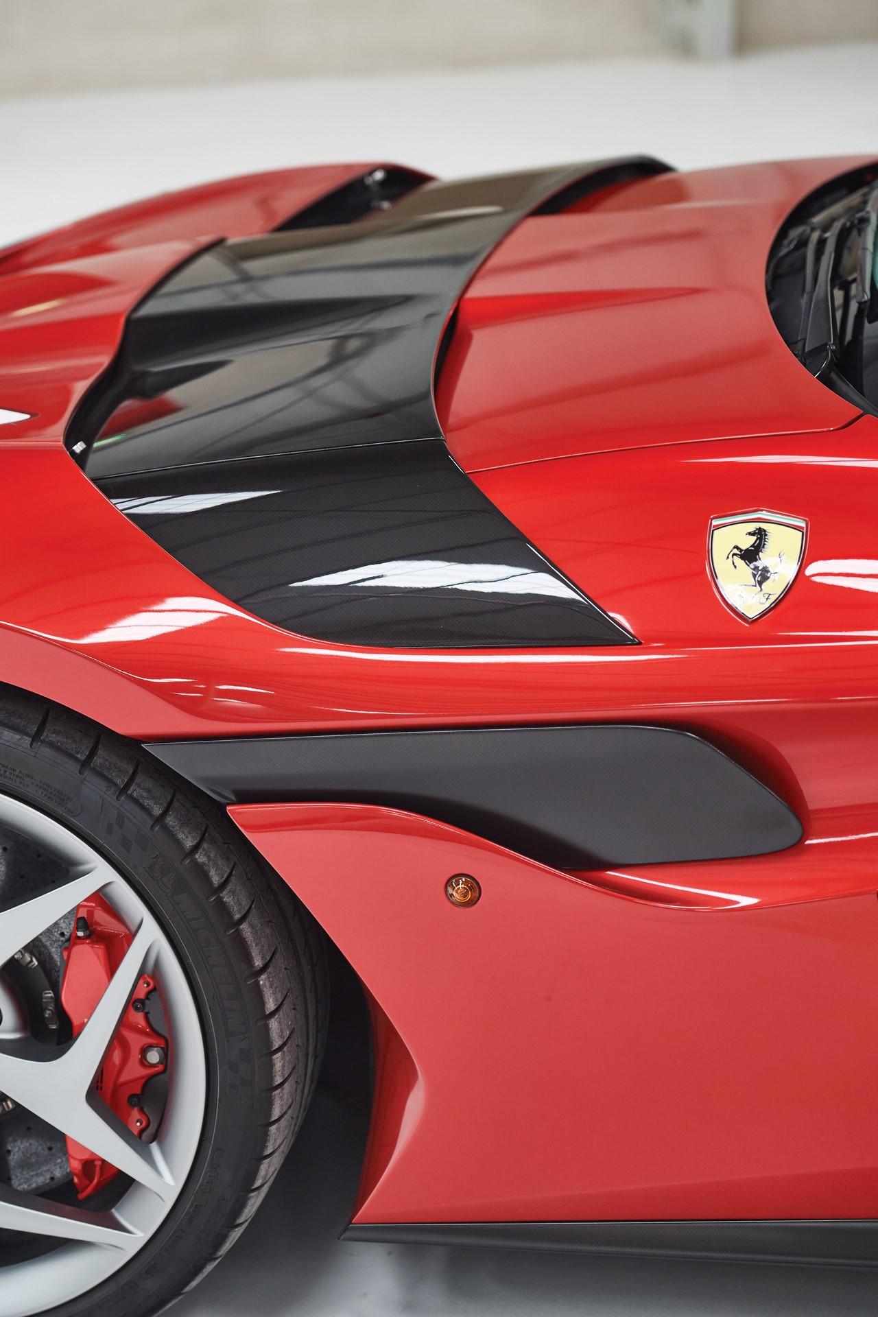 2011-Ferrari-SP30_17