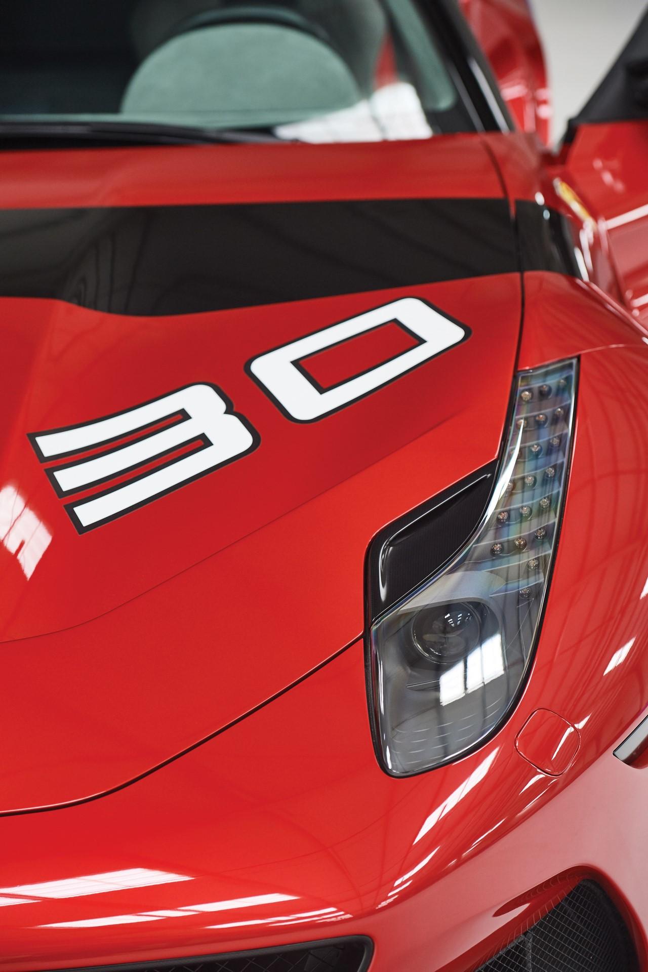 2011-Ferrari-SP30_19