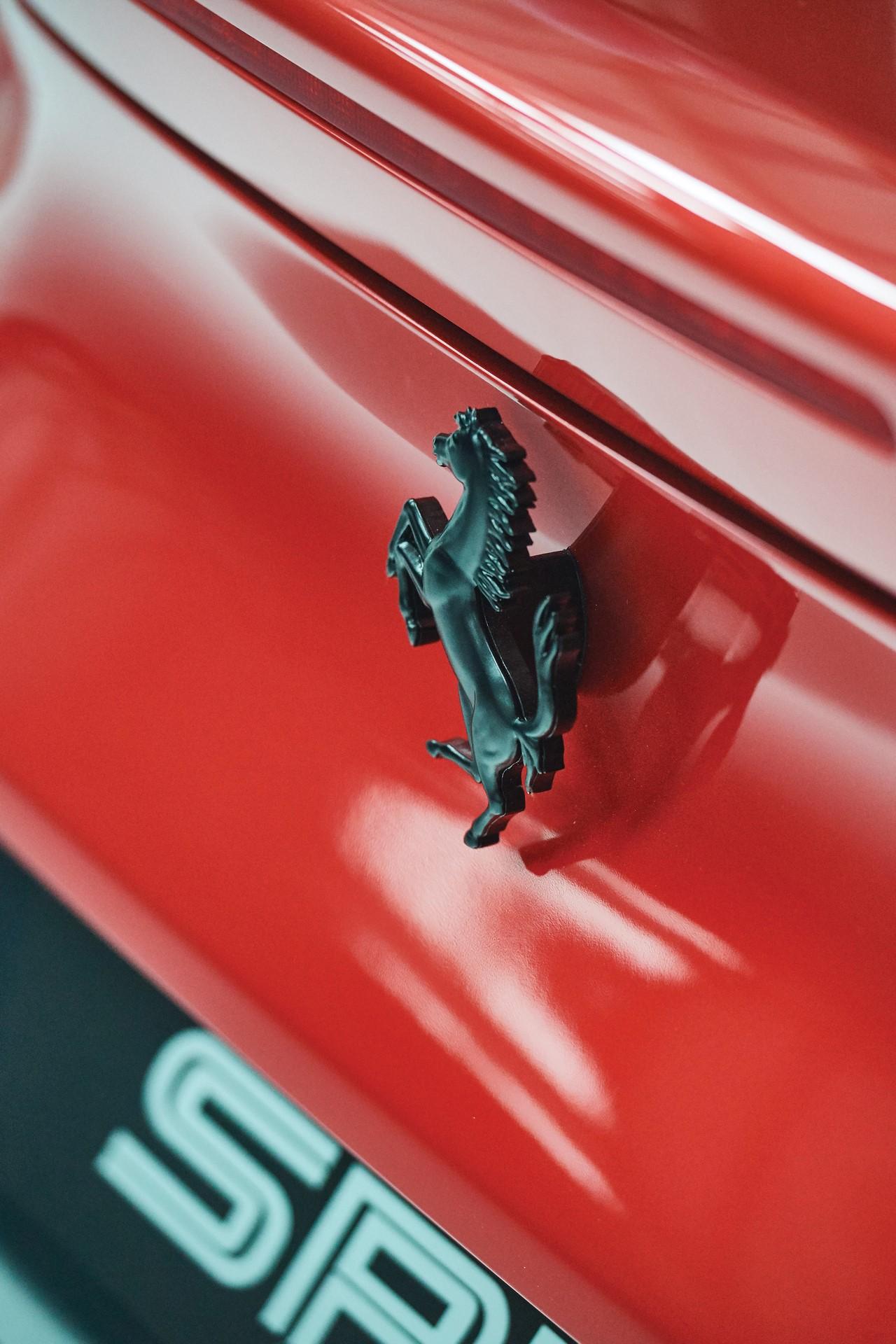 2011-Ferrari-SP30_20