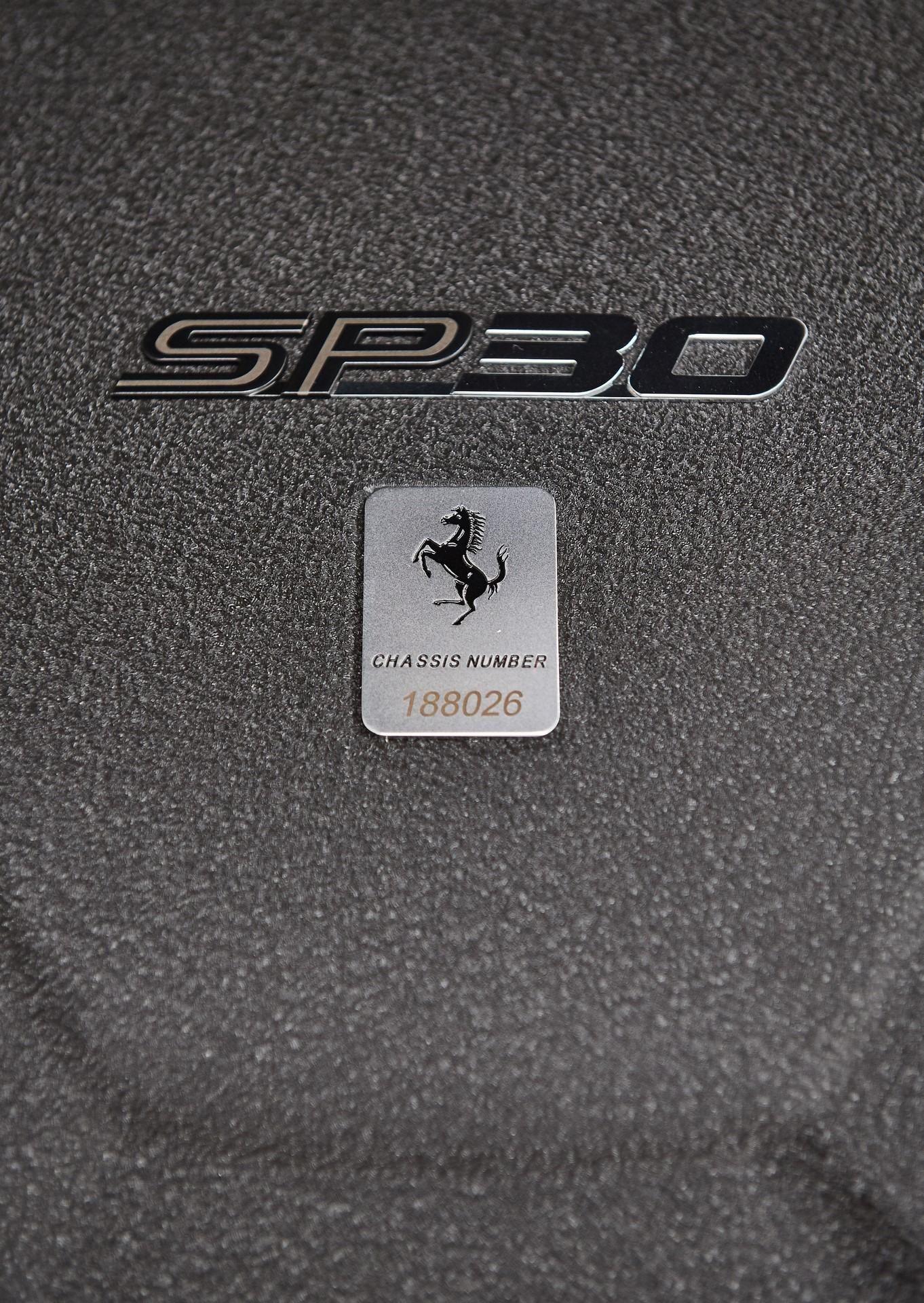 2011-Ferrari-SP30_22