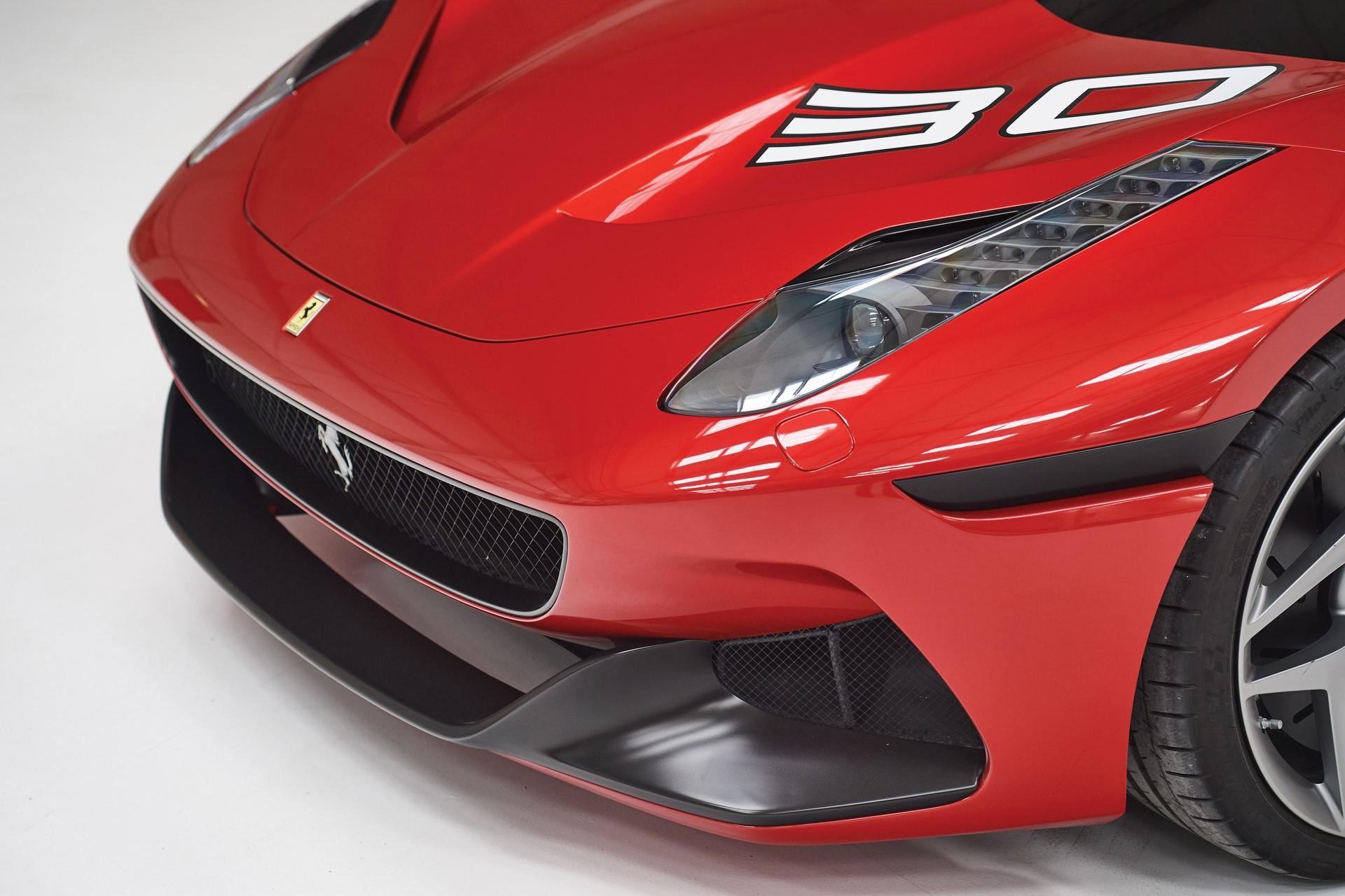 2011-Ferrari-SP30_6