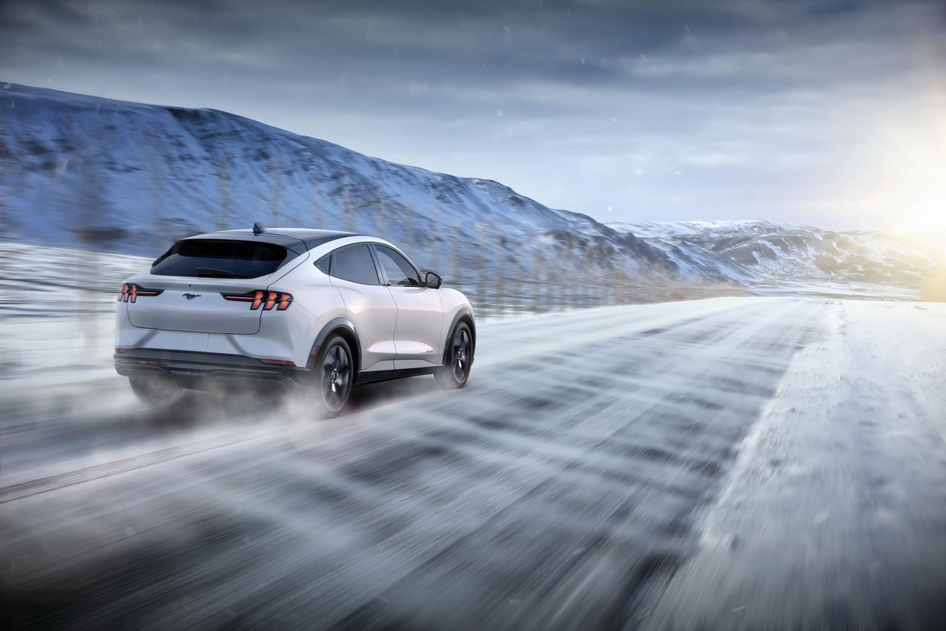 Ford-Mustang-Mach-E-19