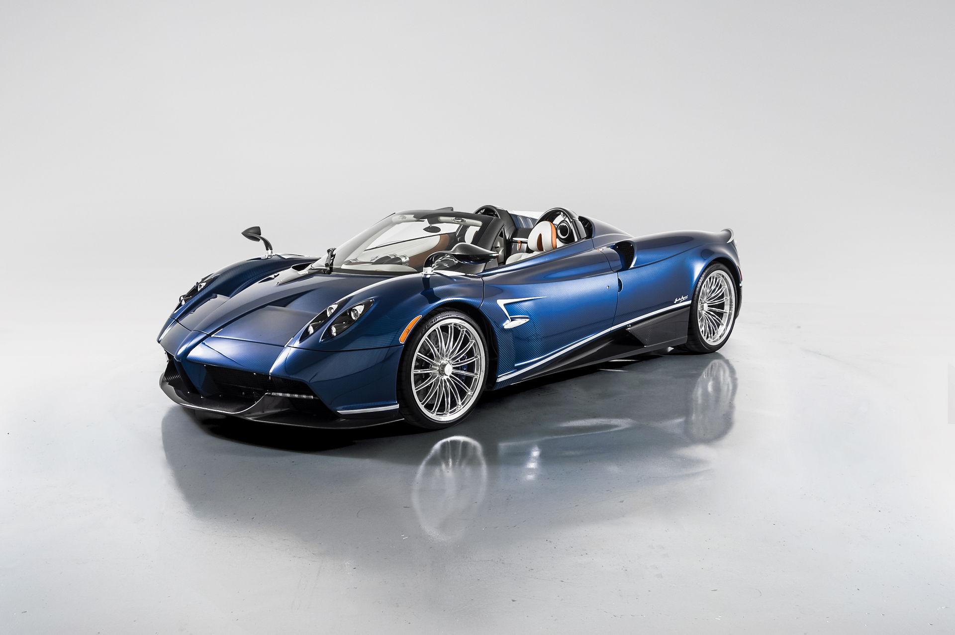Pagani_Huayra_Roadster_sale_0000